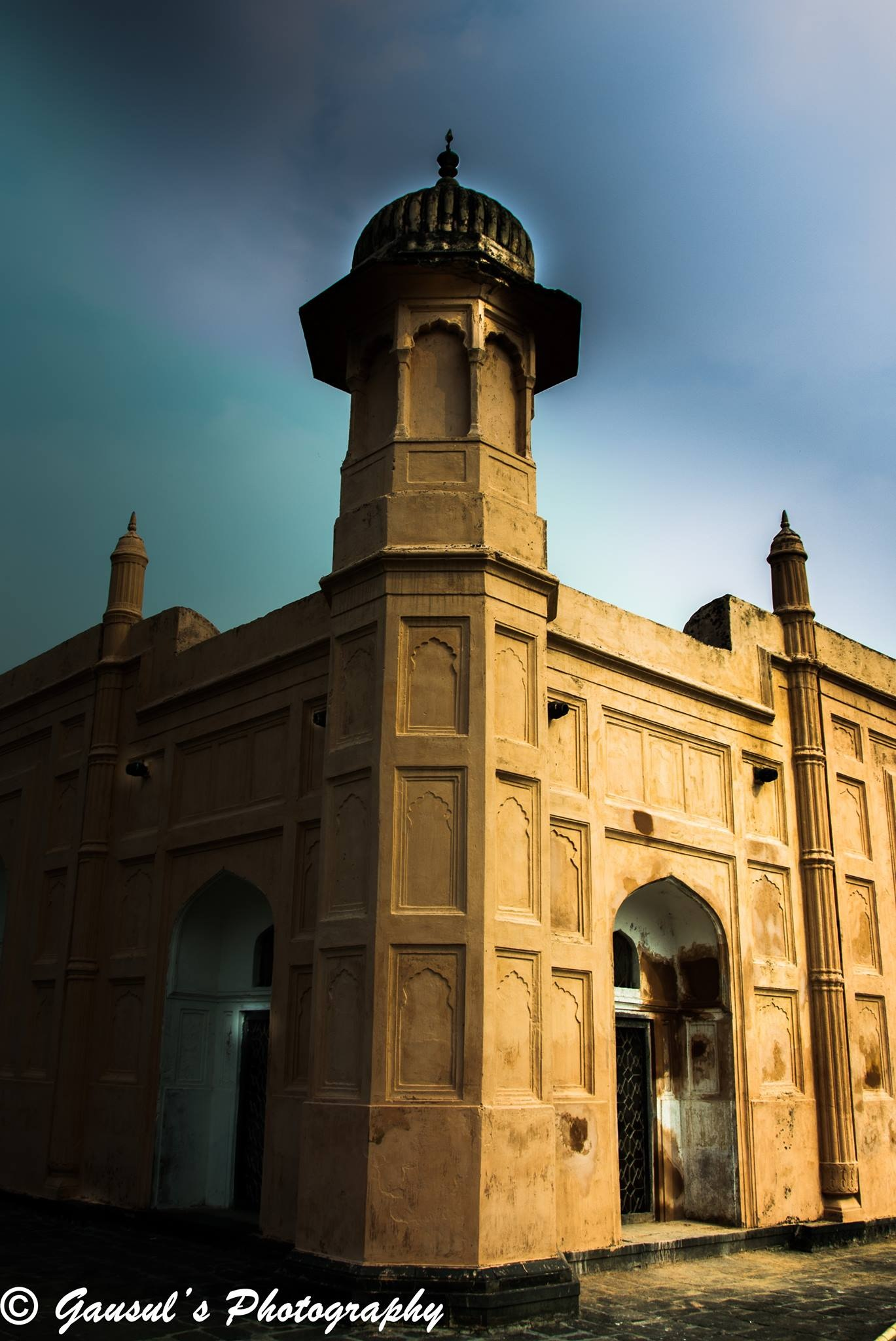 Lalbagh Fort by Gausul Azam