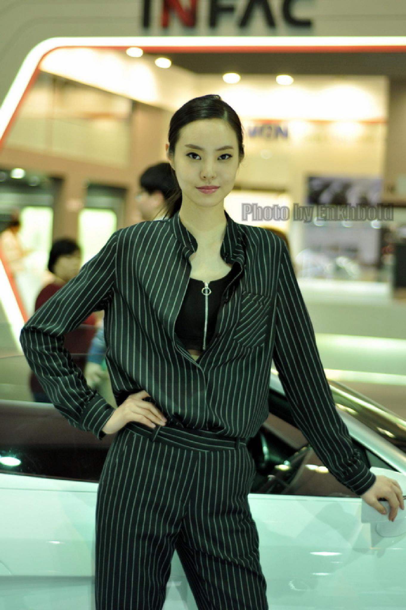 Real Asian real beautiful model. Please 10000 like by Eboseiko