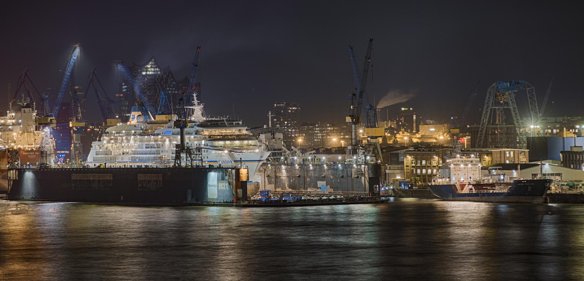 Die Europa im Dock in Hamburg by marcuswinkelhake