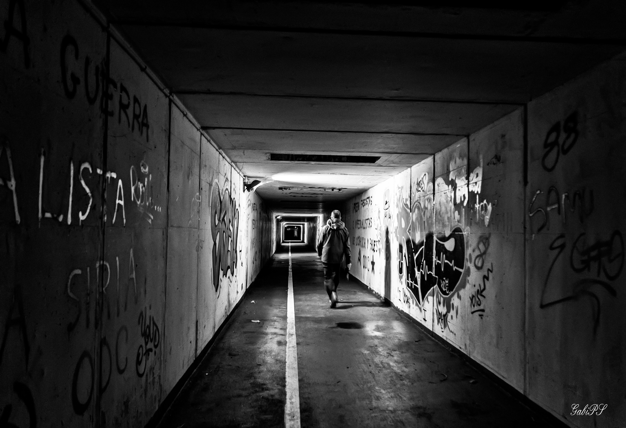 The tunnel by Gabi PS