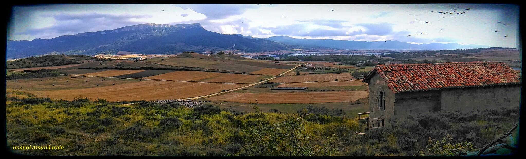 Asparrena's landscape in Álava / Basque Country / Euskal Herria by  Imanol Amunain Eyael
