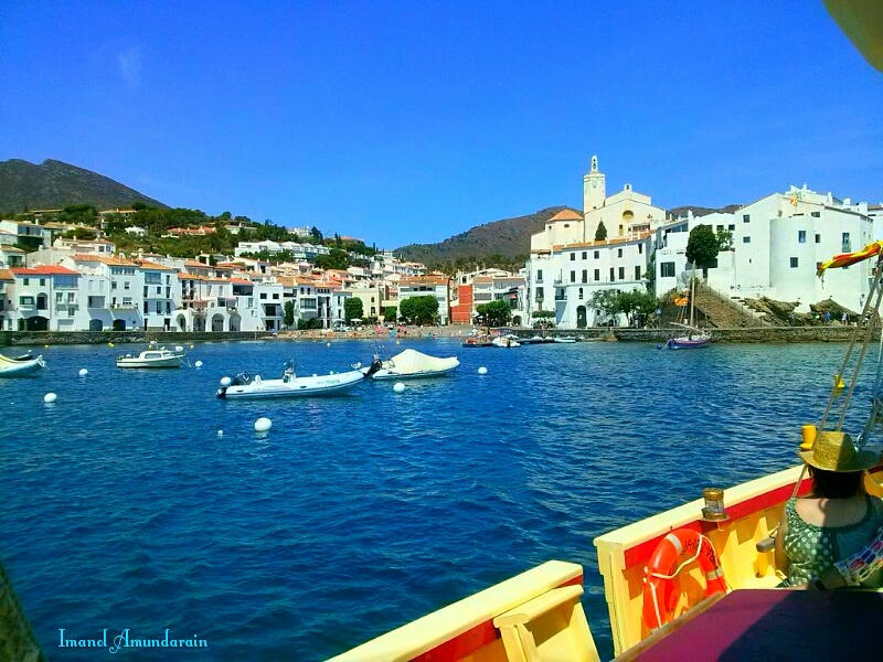 Cadaques in summer  by  Imanol Amunain Eyael