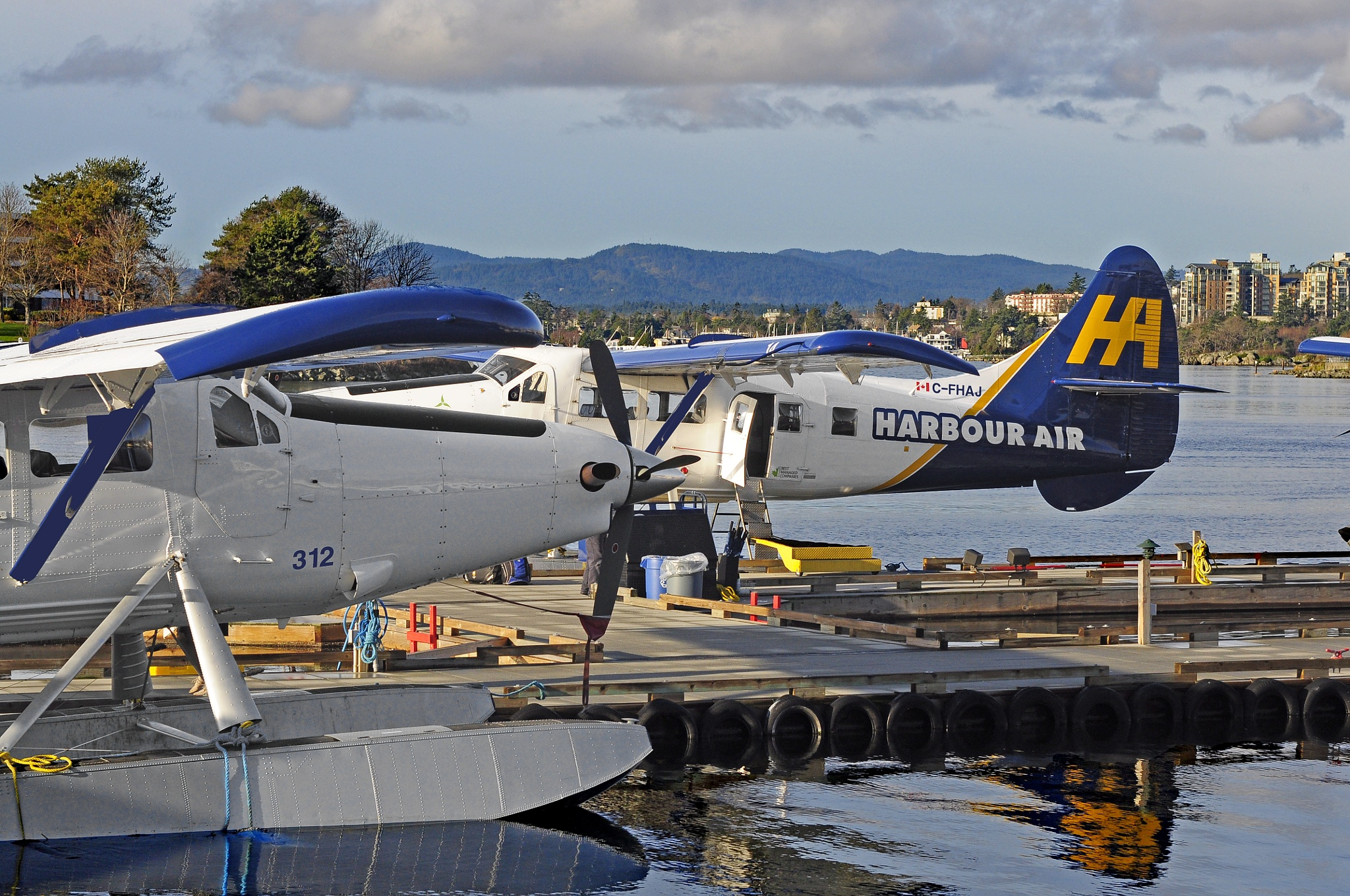 Float Plane Base by Daverr