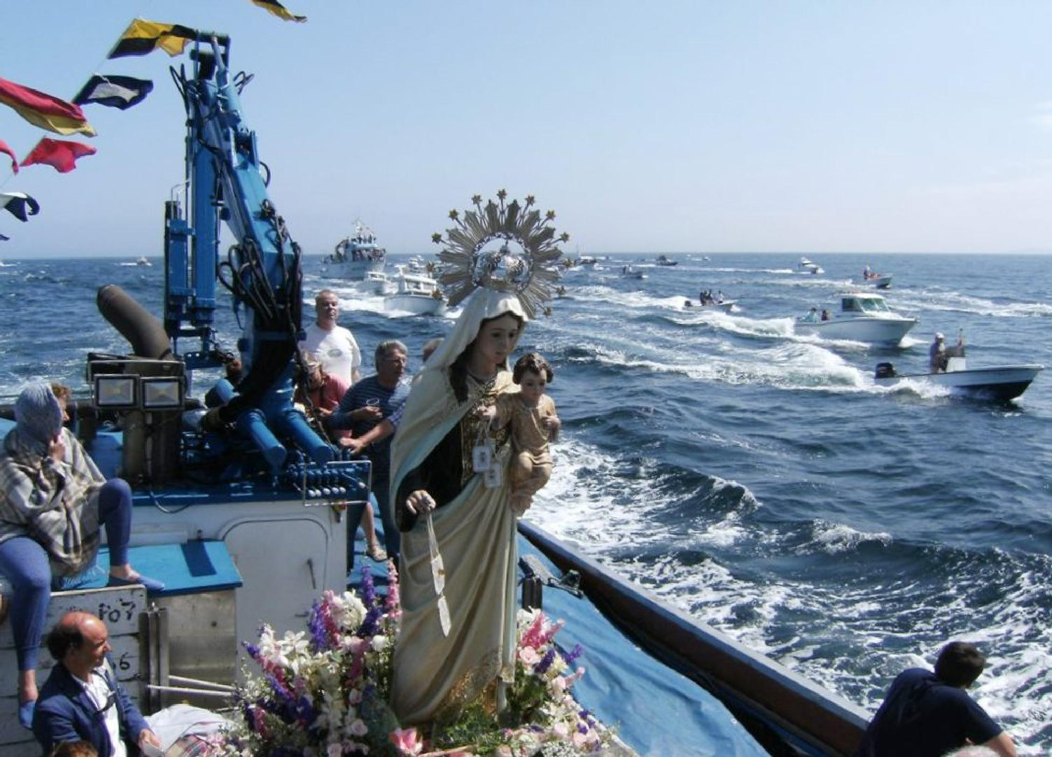Maritime procession in my town. by Ana Docal