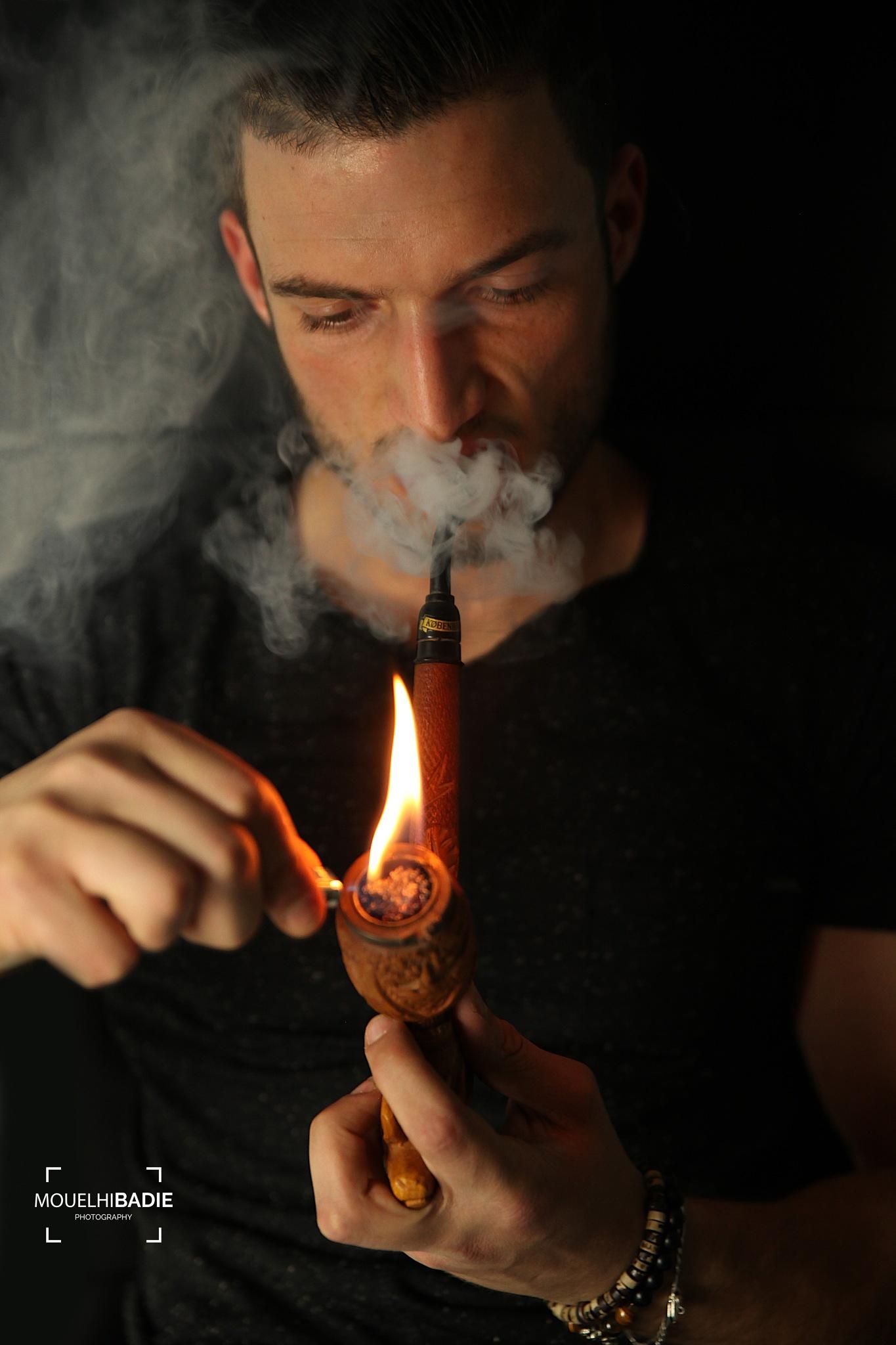 Smoke by Mouelhi Badie