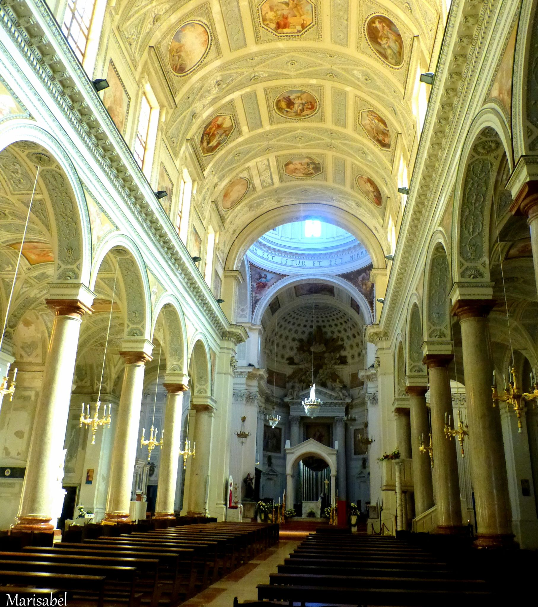 Iglesia( interior ) de Trapani, Sicilia , Italia. by marisabelcaferri