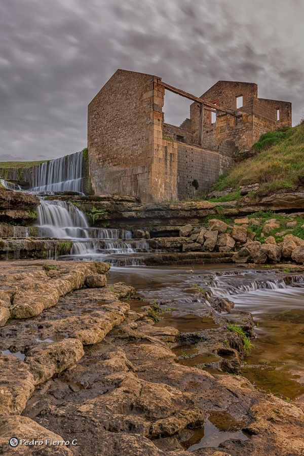 Ruinas del Molino.... by Pedro Fierro C