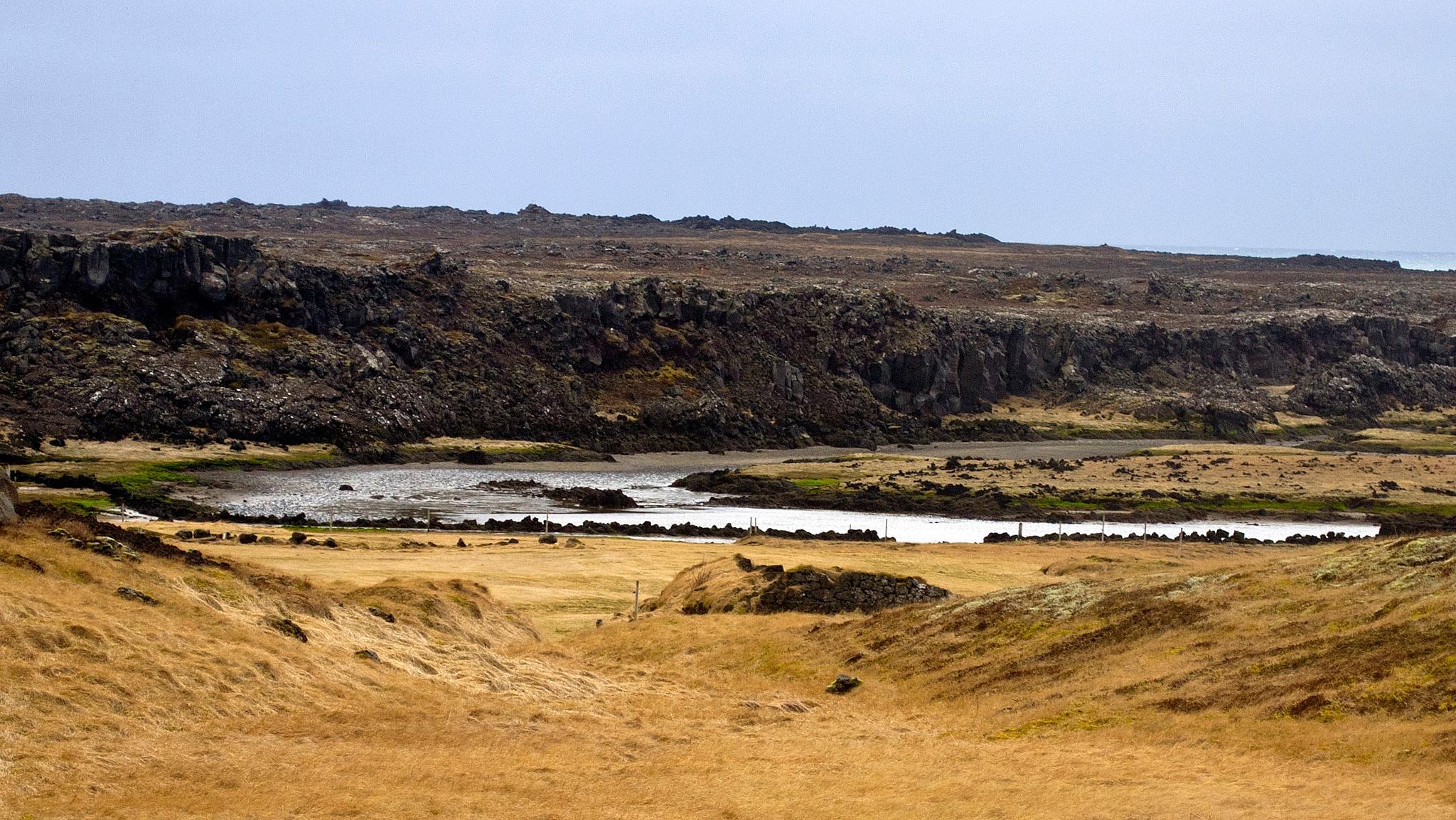 Reykjanes by MarieJirousek