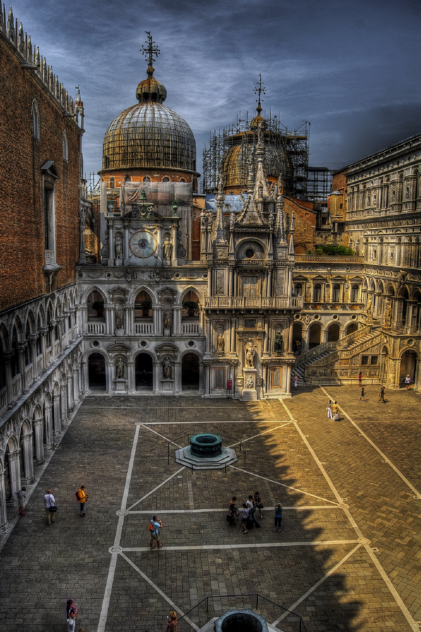 Doges palace in Venice by MarieJirousek