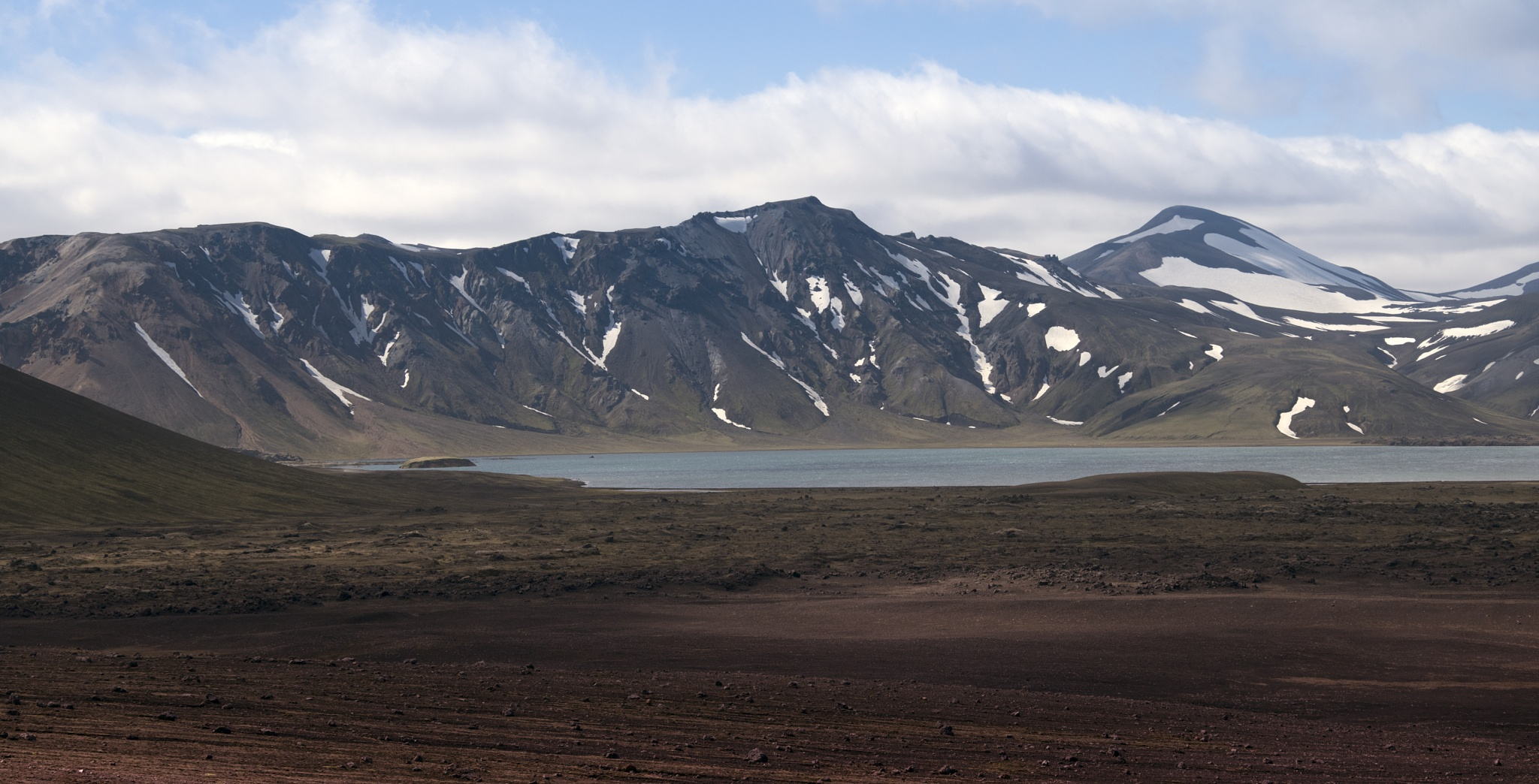 Landmannalaugar mountains by MarieJirousek