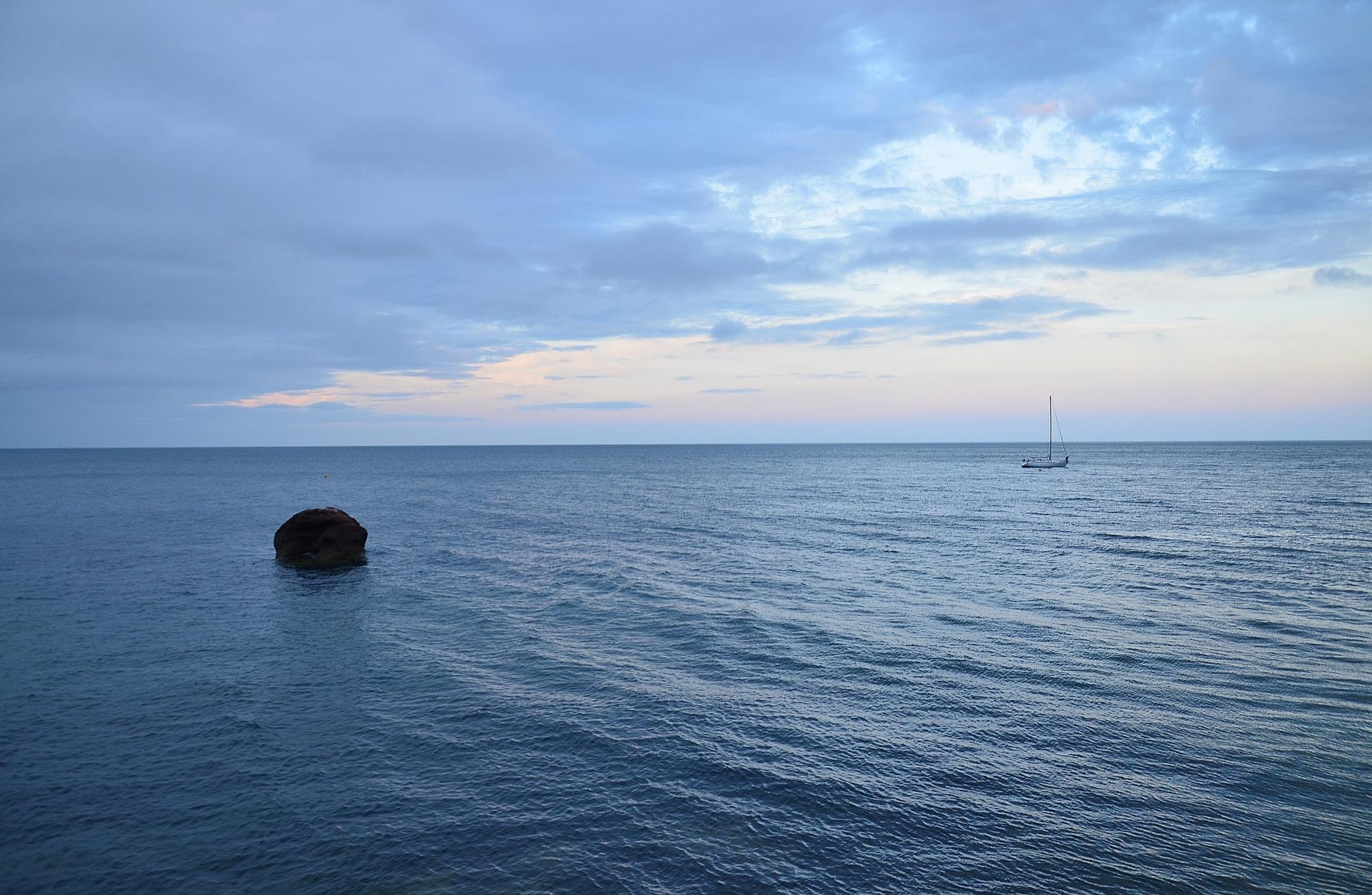 Coryton Cove Beach. by melaniehartshorn40