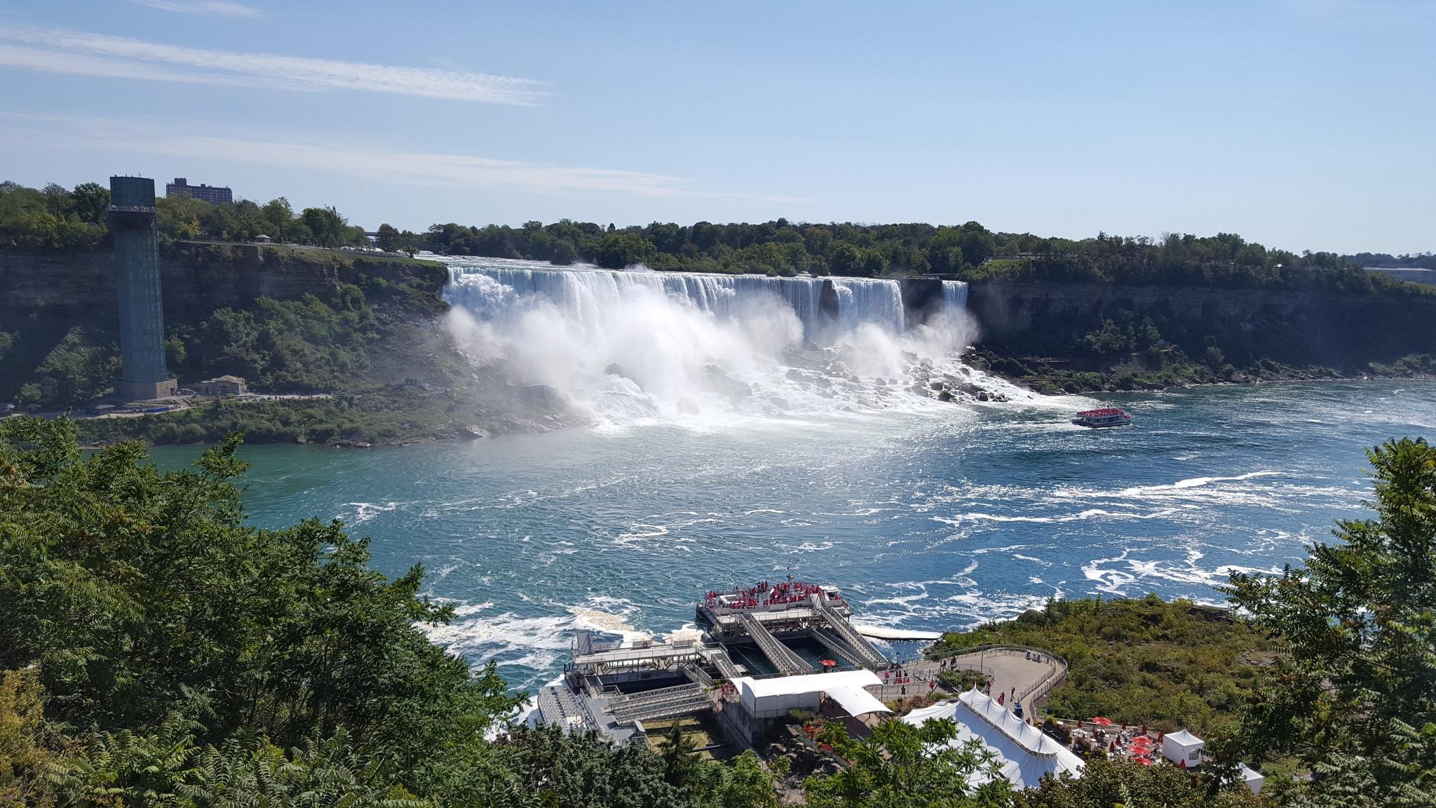 Niagara Falls by melaniehartshorn40
