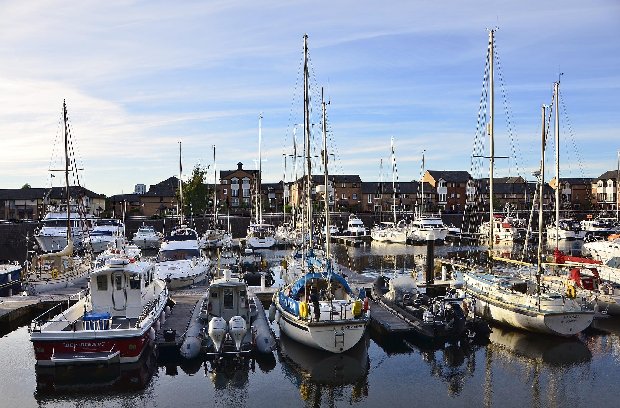 Cardiff Bay Barrage by melaniehartshorn40