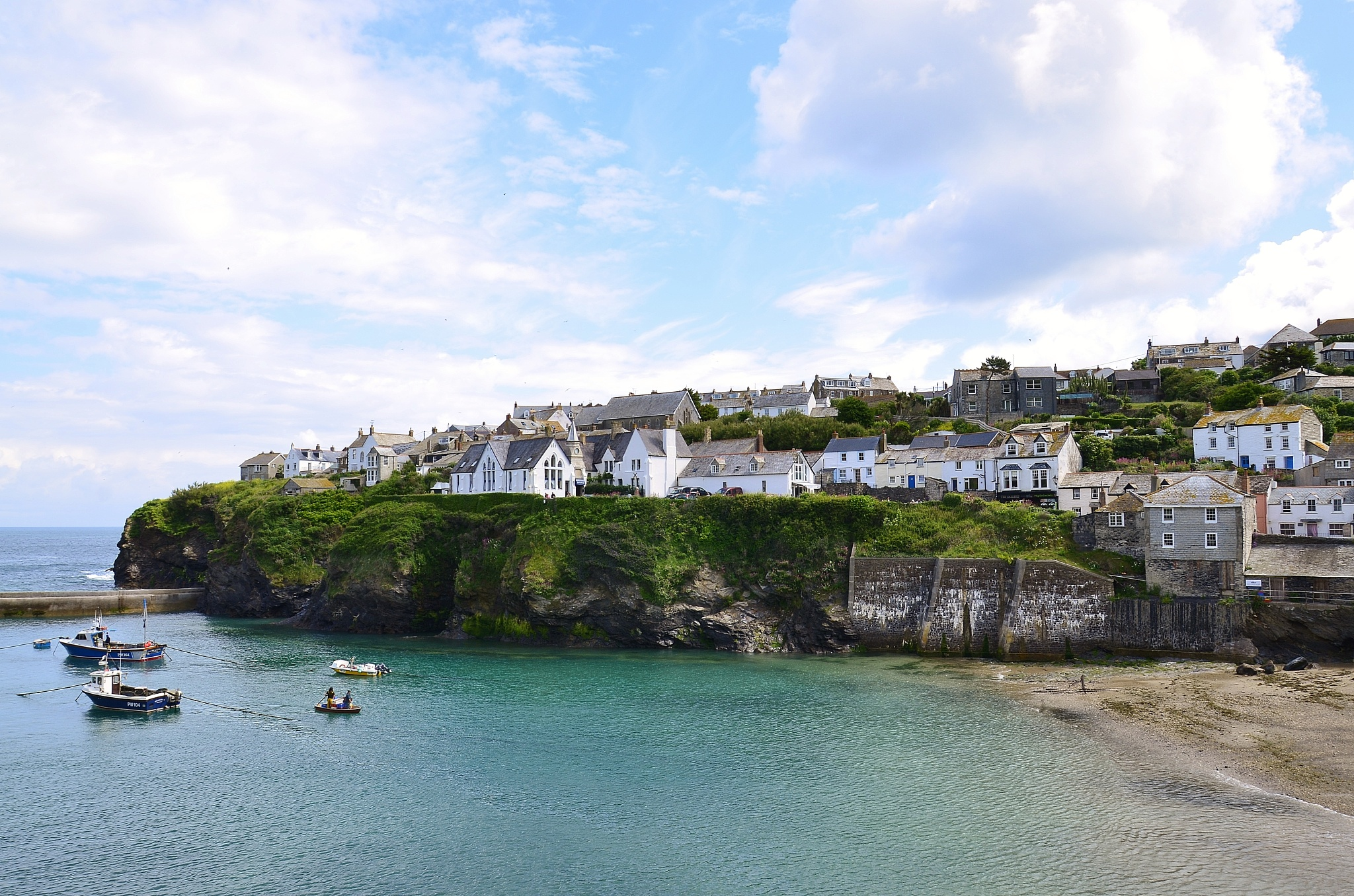 Port Isaac by melaniehartshorn40