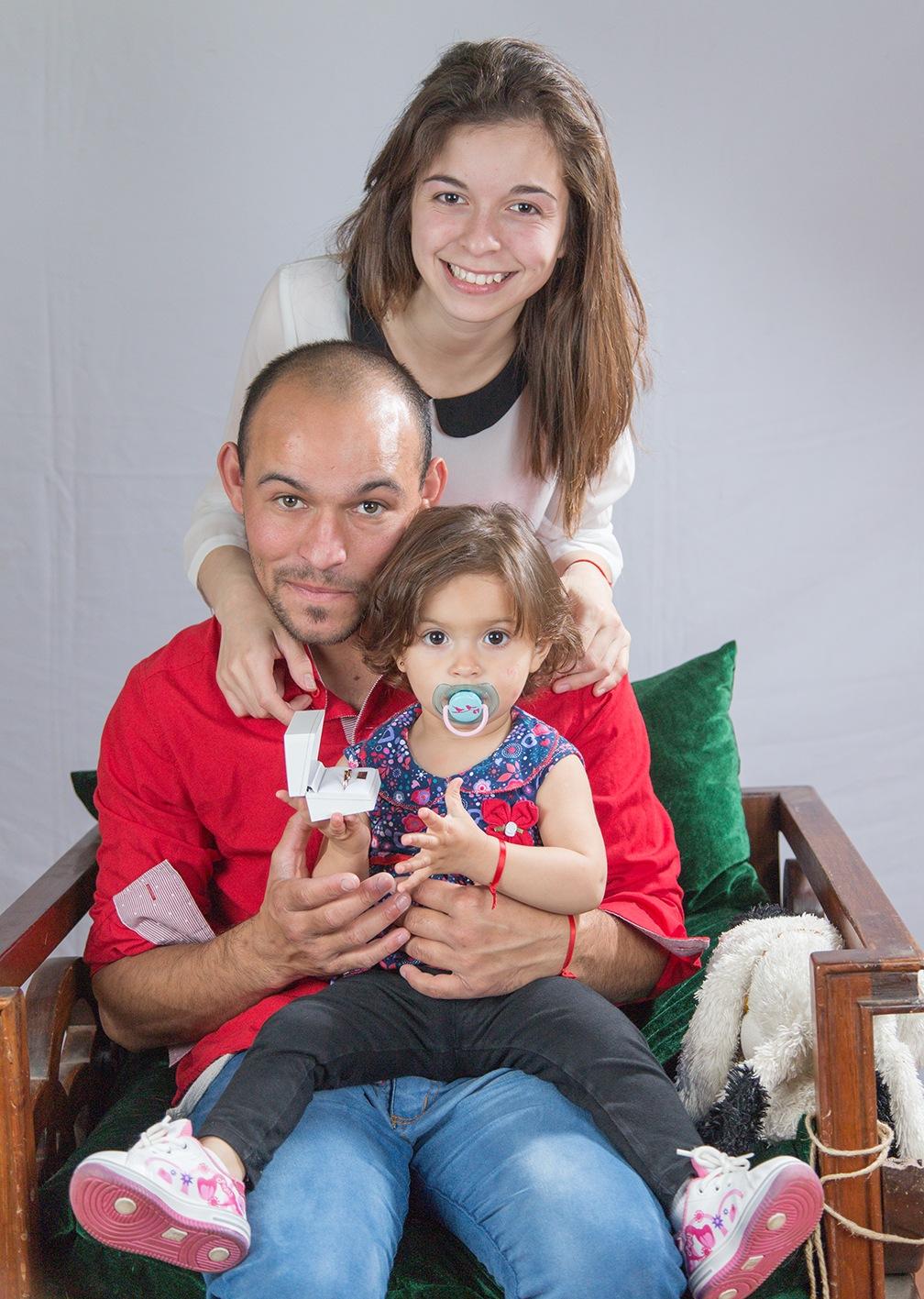 en familia by Pablo Naveyra