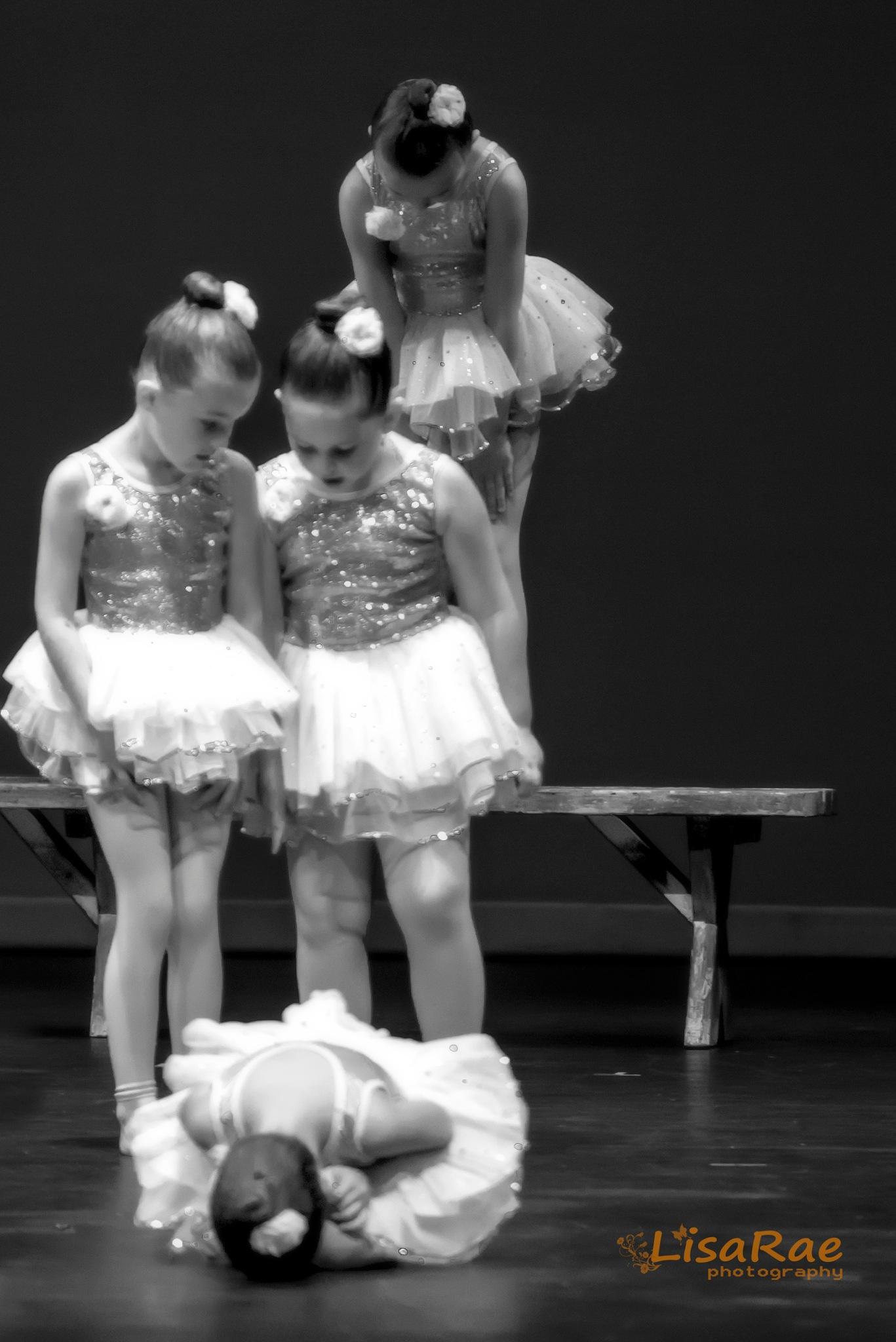 Dance 3 by Lisa Rae