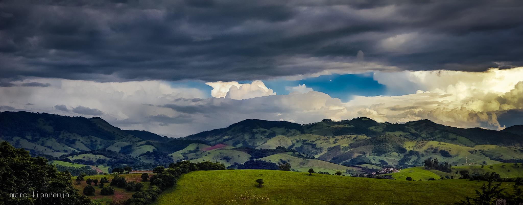 Montanhas da Mantiqueira by Marcilio_Araujo
