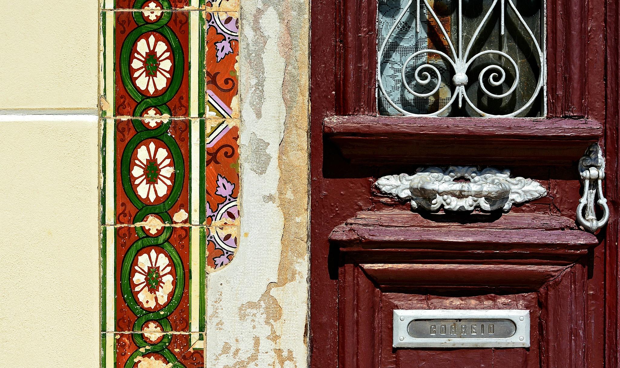 Portuguese heritage by Klaus Van Allen