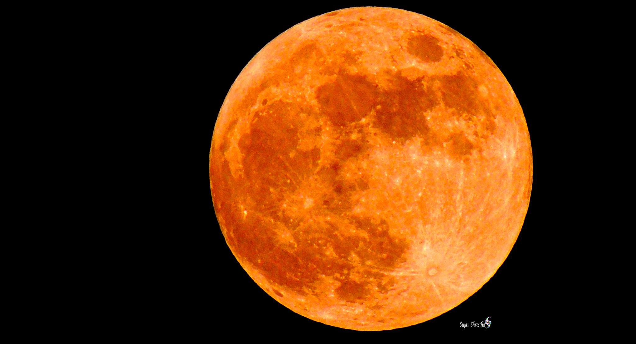 Full red moon by Sujan Shrestha