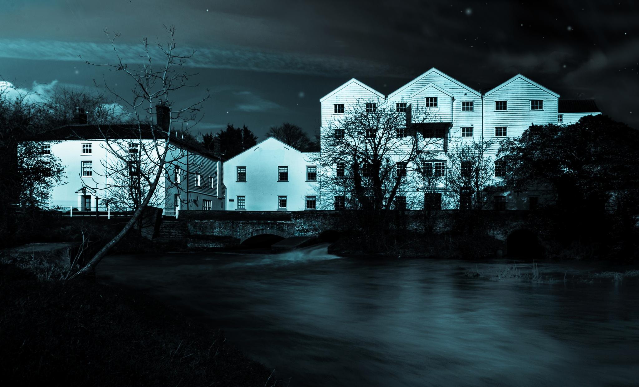 Moon light Mill by Codeye