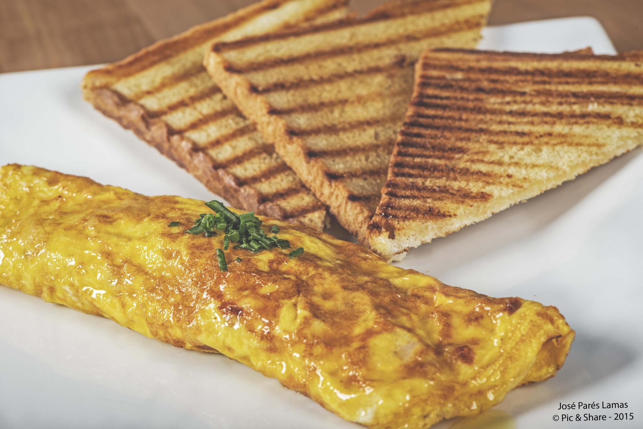 Omelett by José Parés Lamas