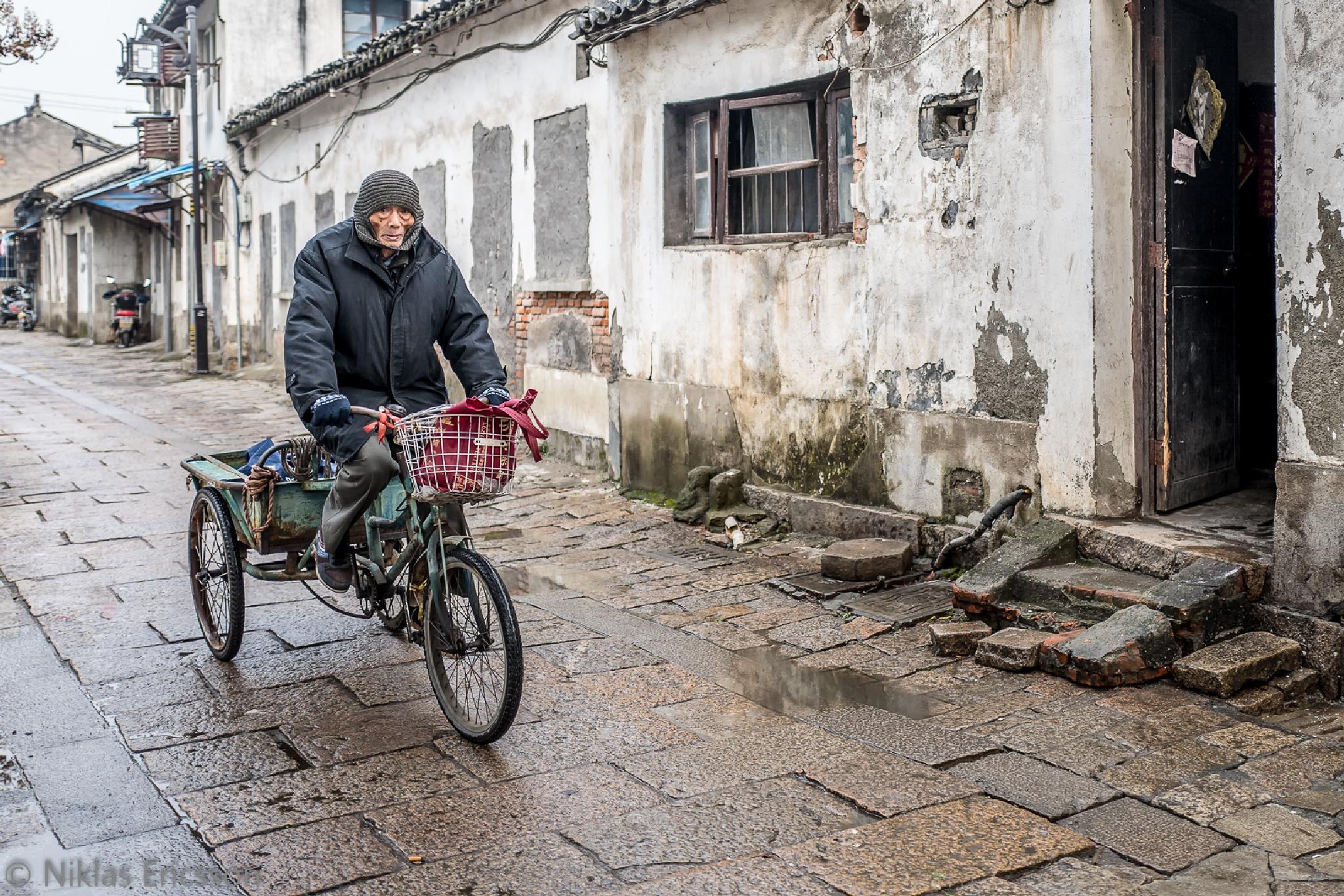 Bike ride by Niklas Ericsson