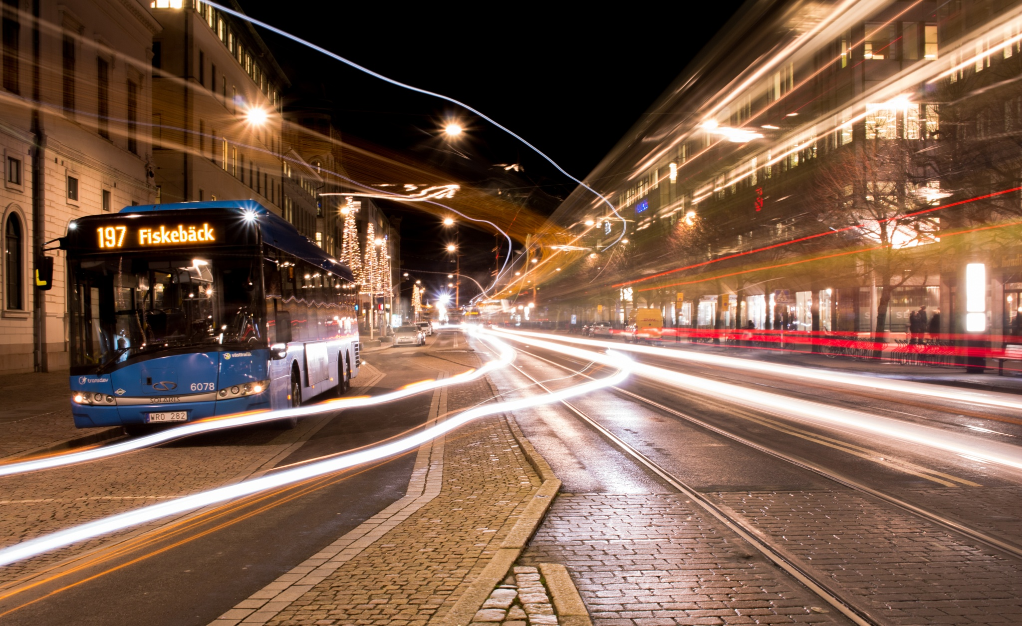 Light Trails by Niklas Hedlund