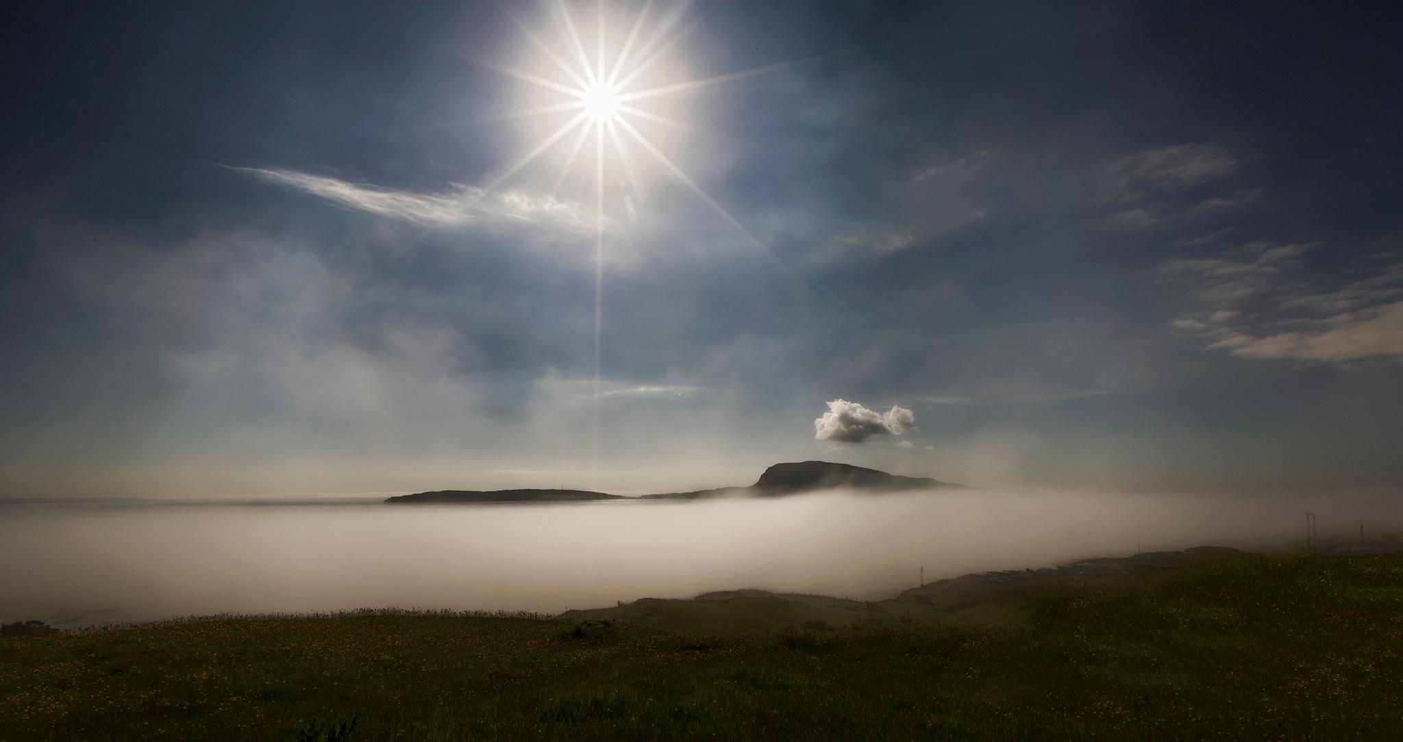 Early morning in Tórshavn by Faroe Islands Hiking