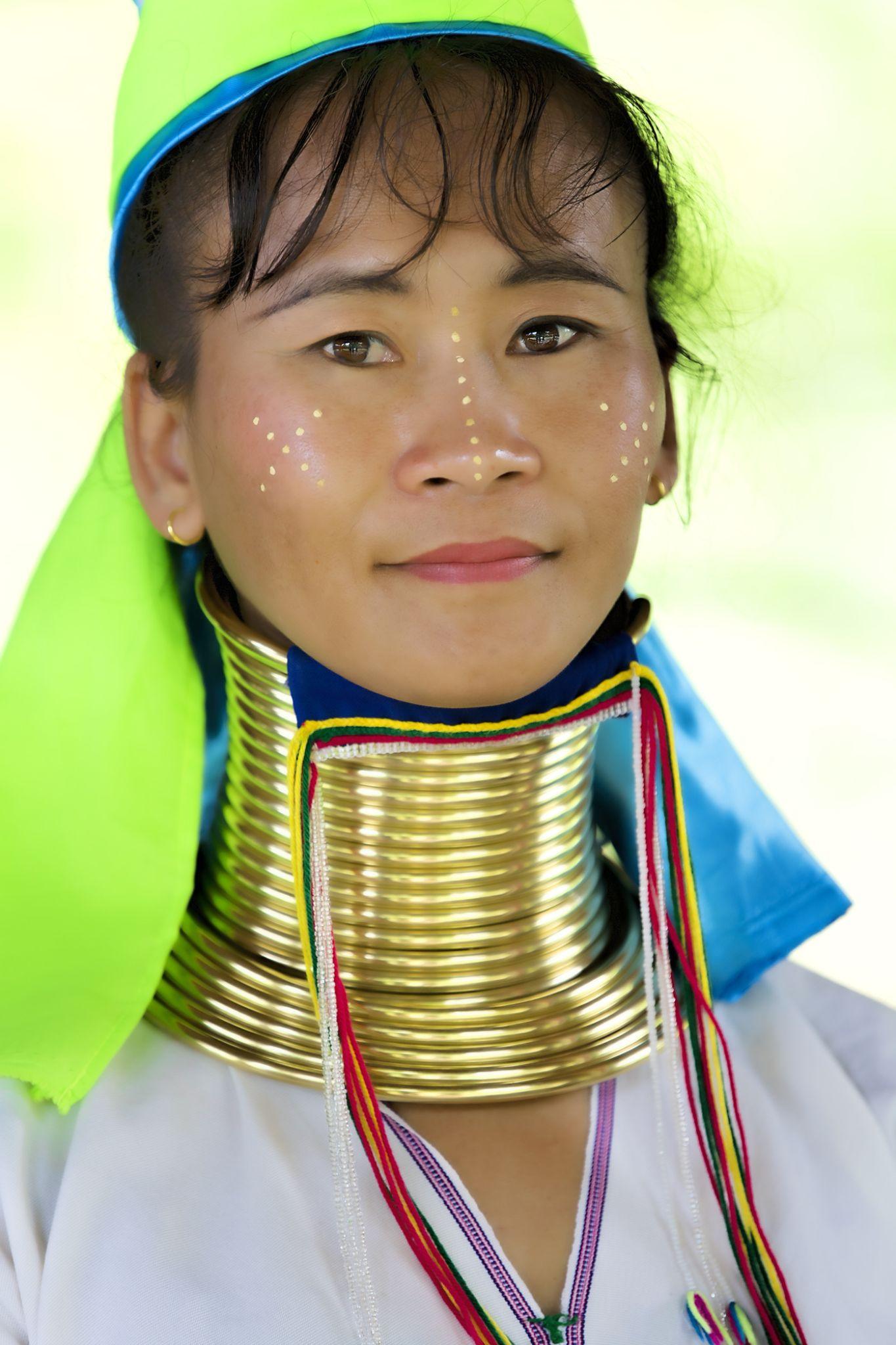 Pretty long neck woman from Burma living in Chiang Mai by Faroe Islands Hiking