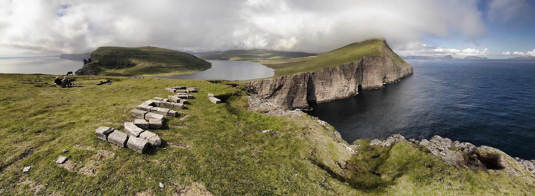 Picture taken from Trælanýpan by Faroe Islands Hiking