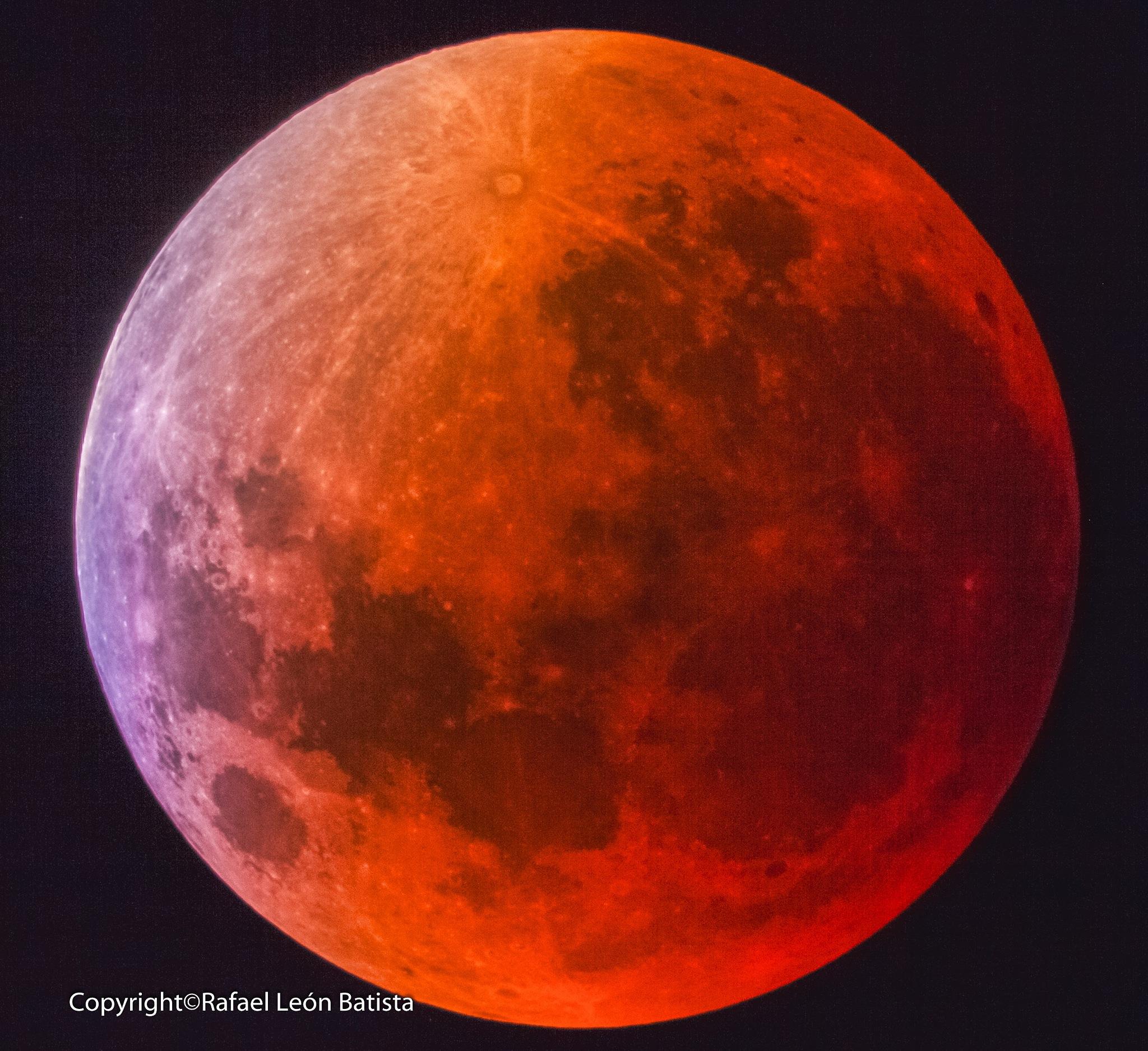 luna roja  by papiroflexia