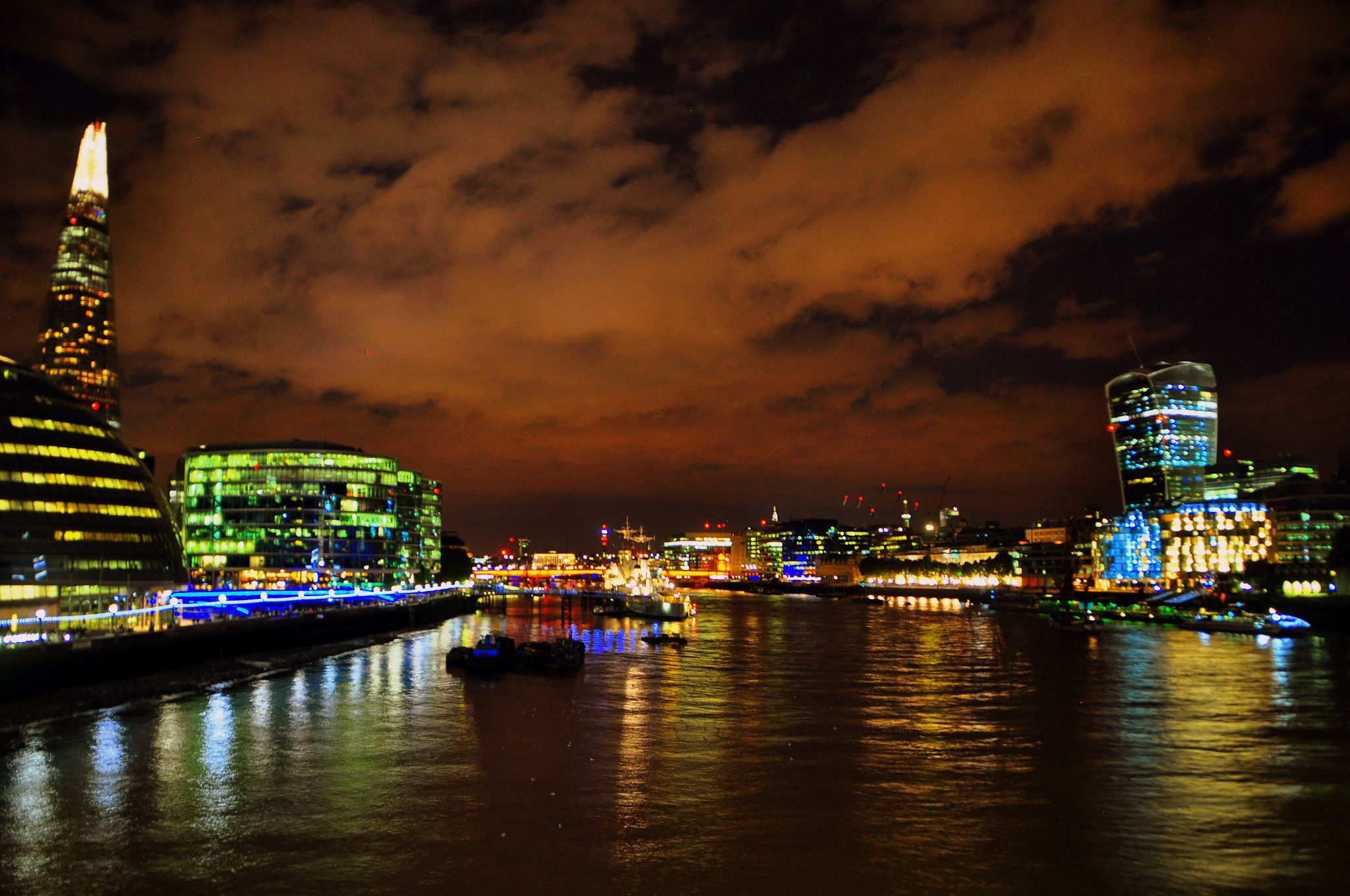 london by night by ralucanechifor395