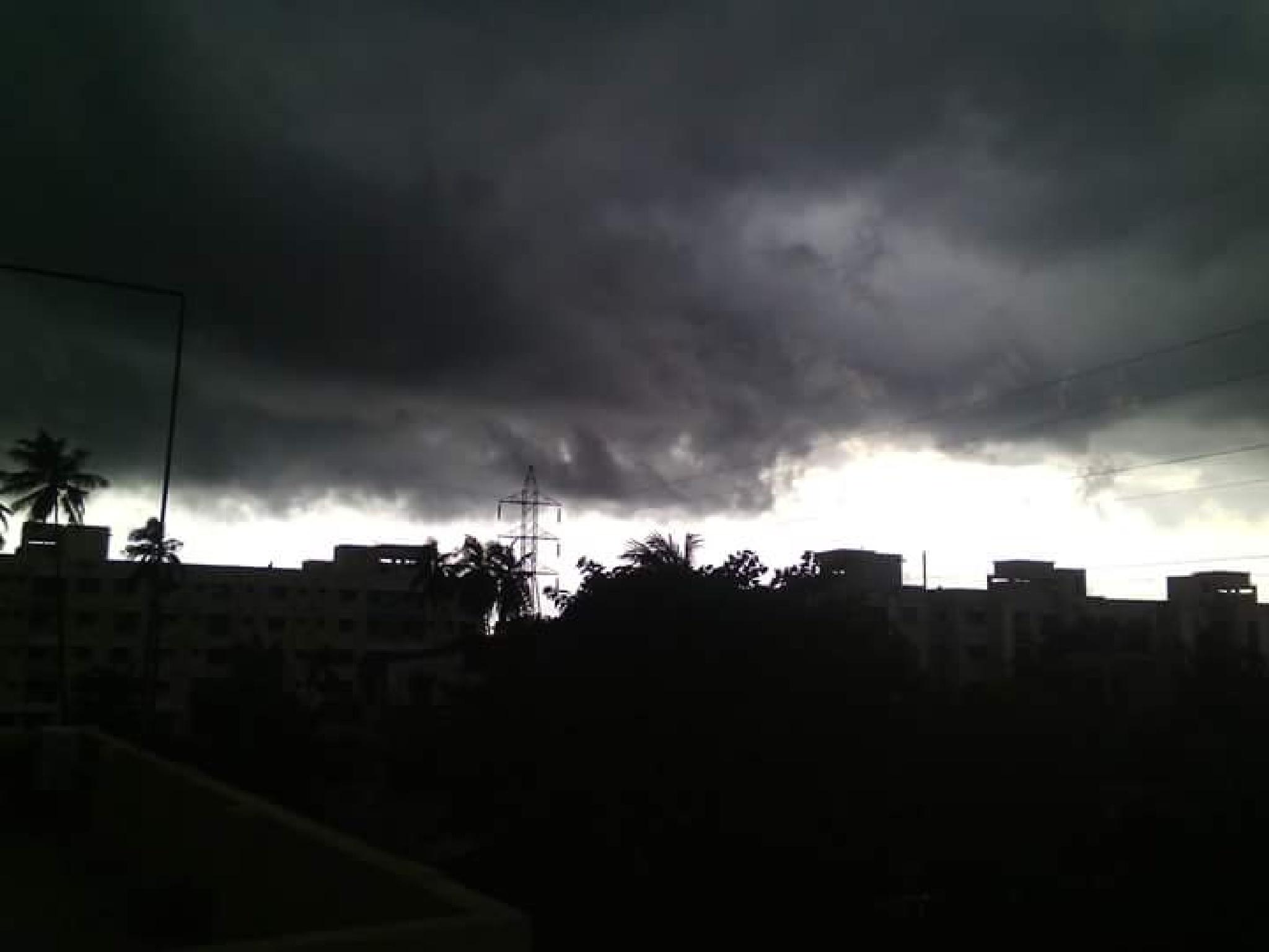 cloudy sky by Sujitkumarsharma