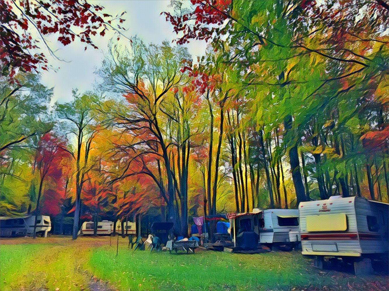 Camping life.. by Roland Lavigne