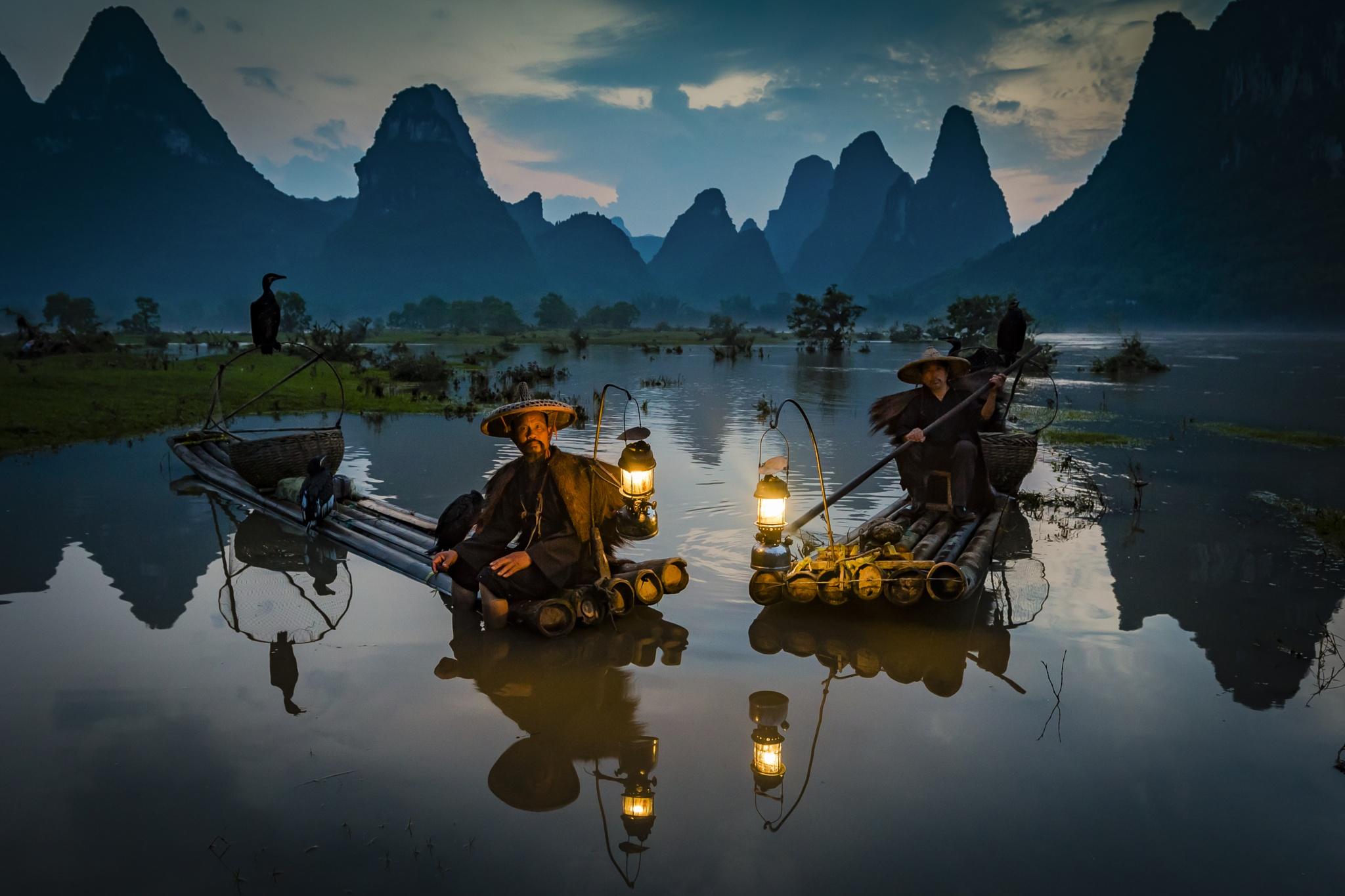 Yangshuo Fisherman by CamHadlowPhotography