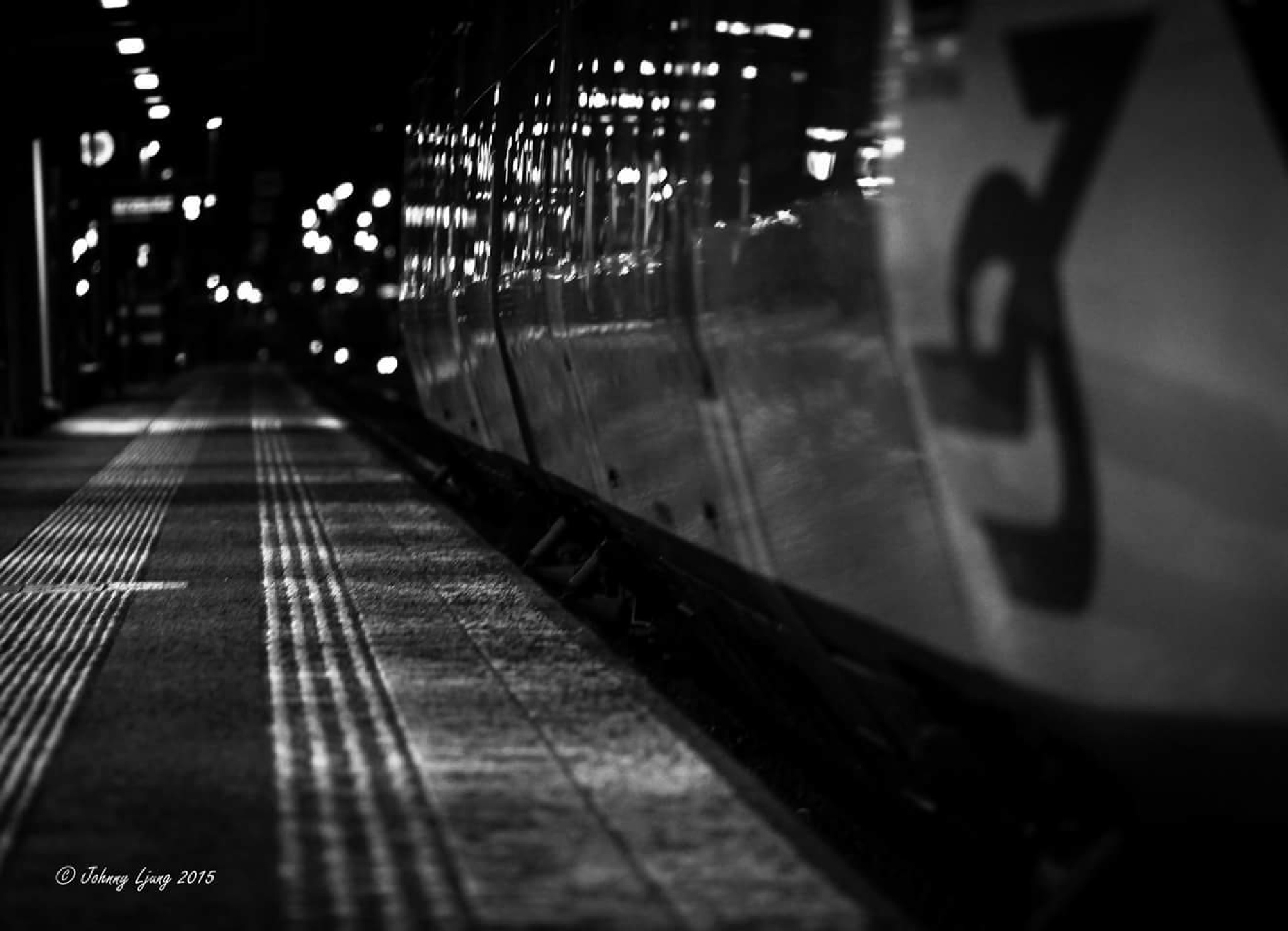 Train stop by Johnny Ljung