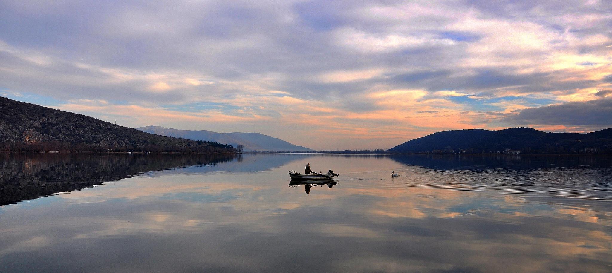 Cloudy lake by Al_ma