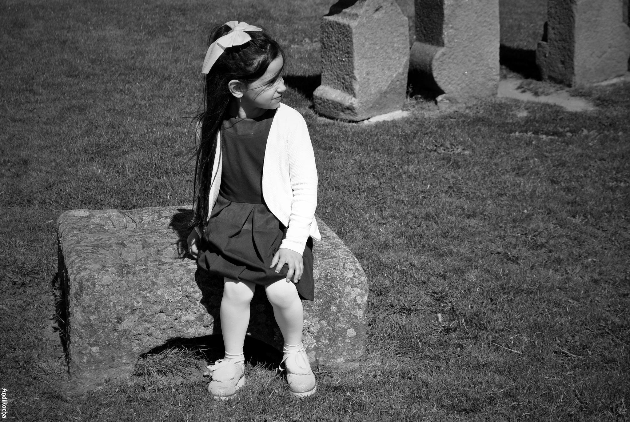 Little Girl by AndiRocha