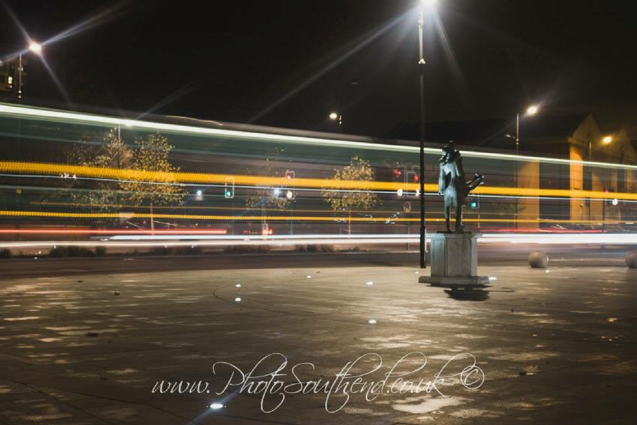 Bus lite  by Photo_Southend