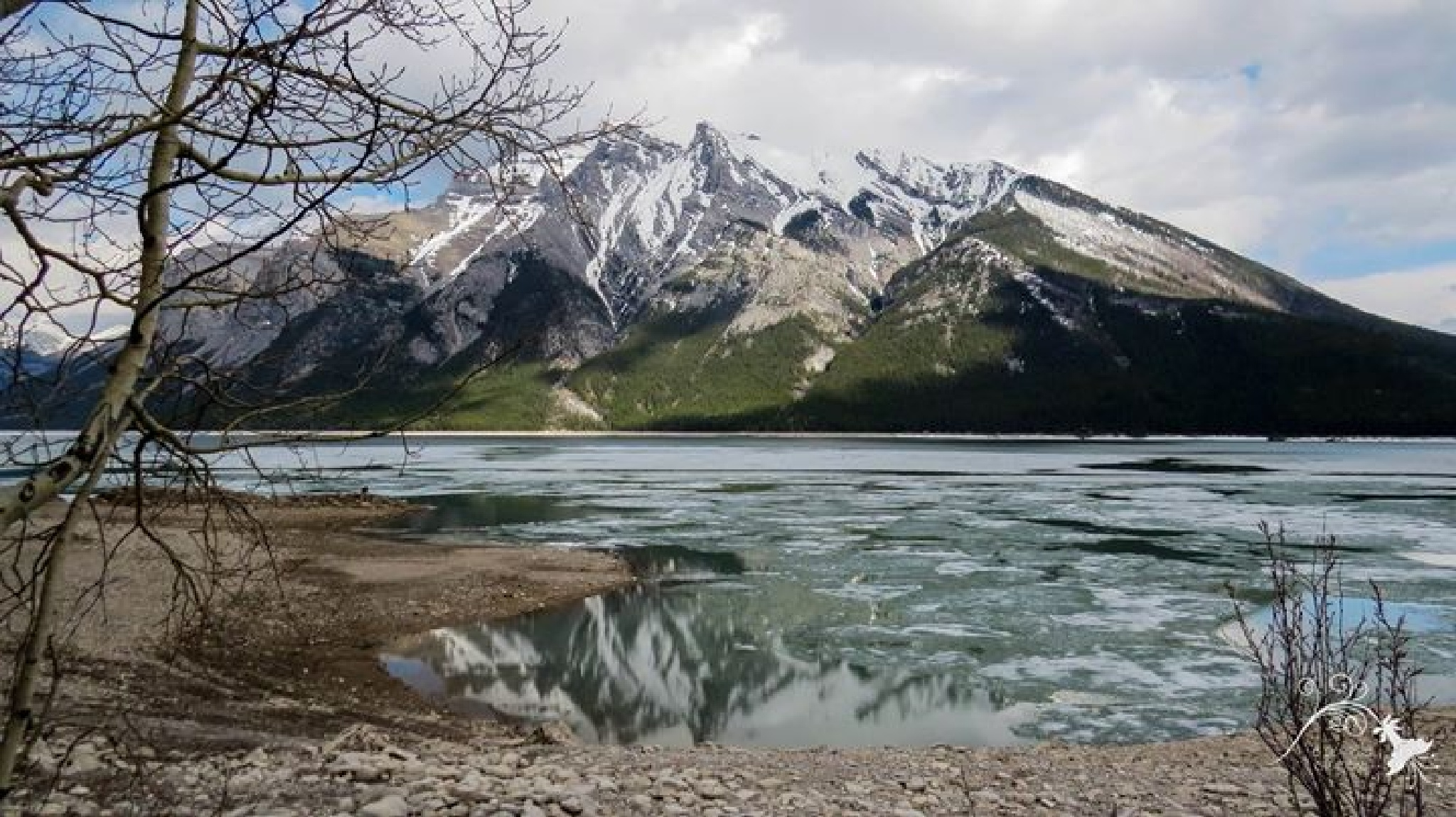 Lake starting to thaw in Canada.. by LeanneT