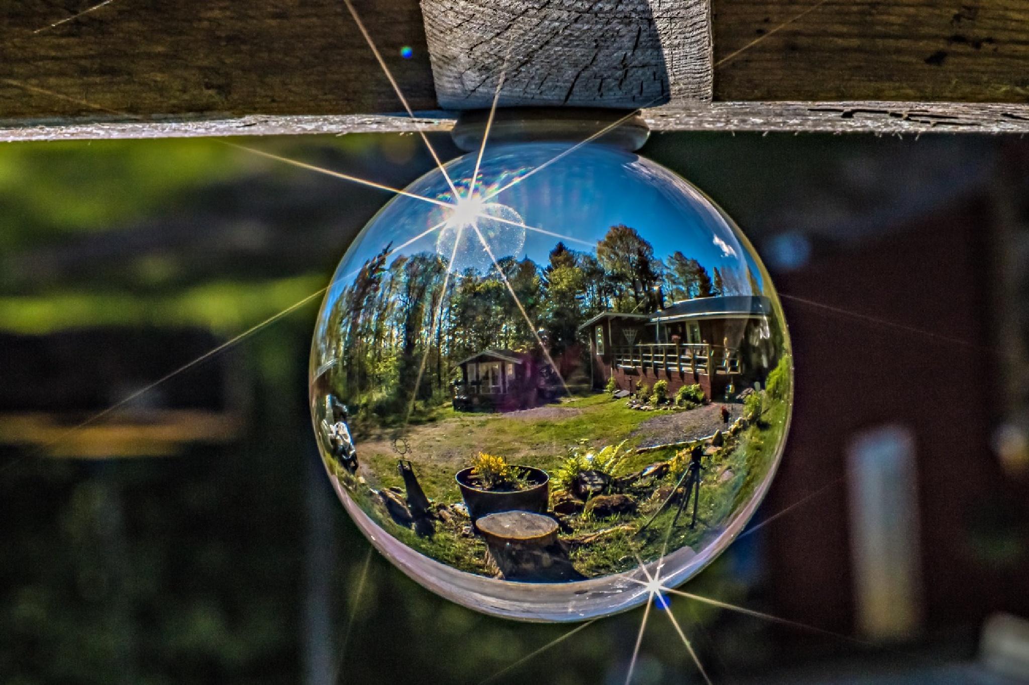 Kristal ball by Mrgit Kluthke