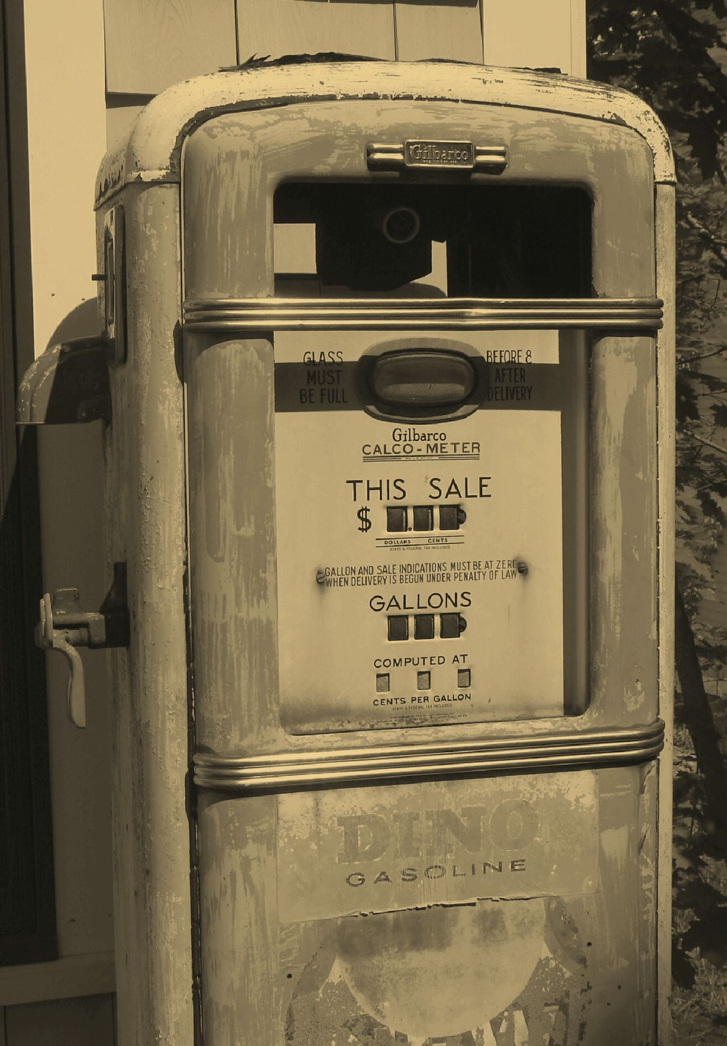 Old Gilbarco gas pump by Jacques Trempe
