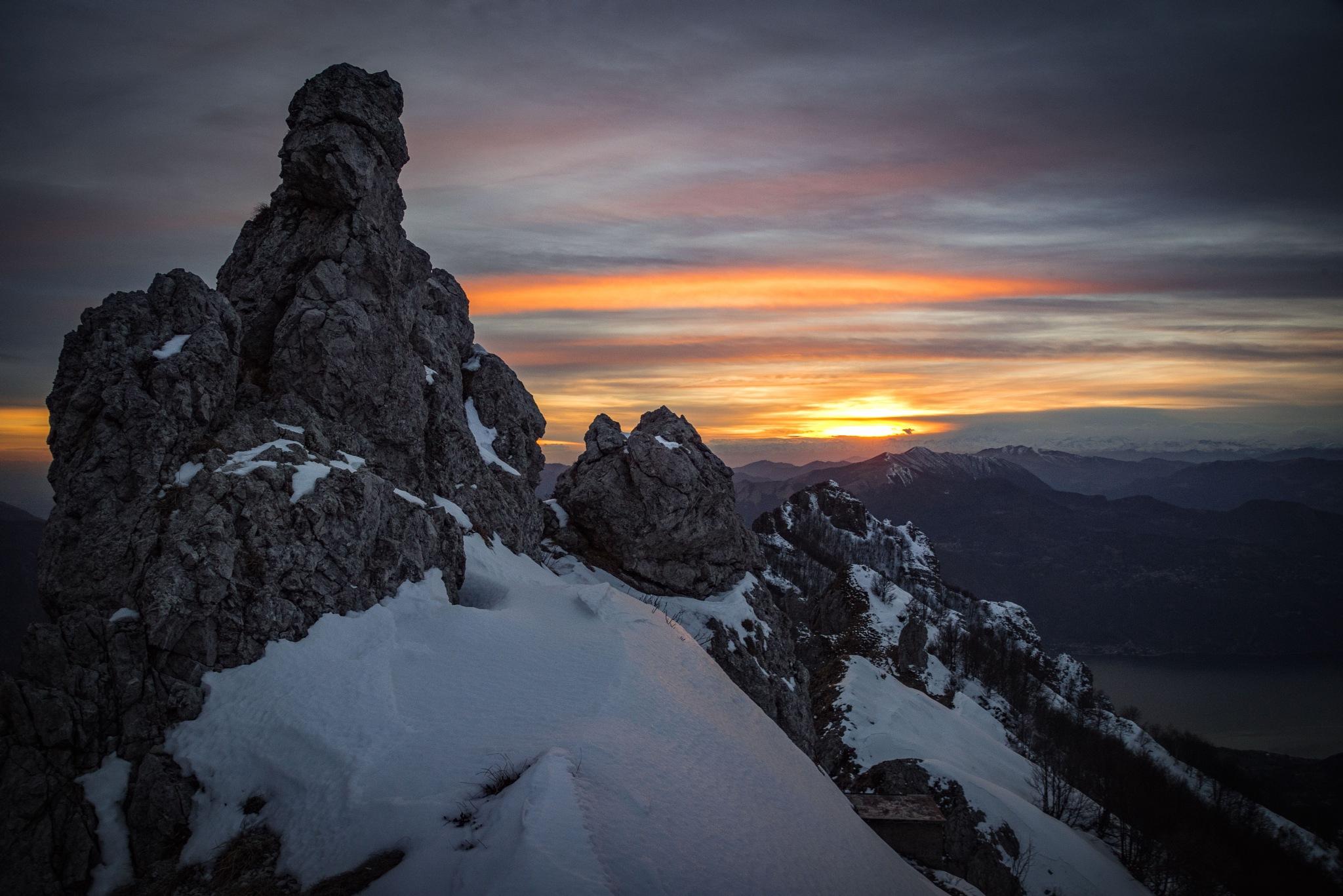 Le rocce delle Grigne by Valerio Seveso
