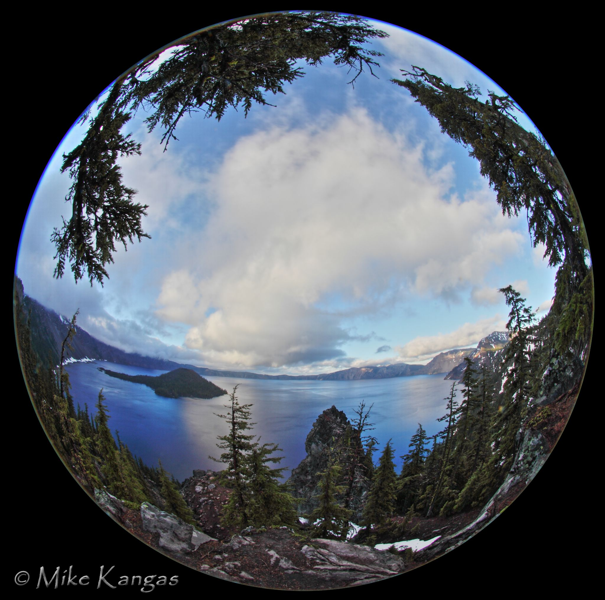 Crater Lake, Oregon by mikekangas