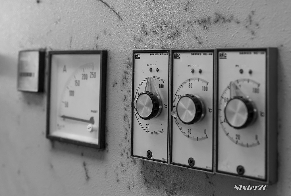 Photo in Industrial #zwart/wit #meters #bedieningskast #industrie