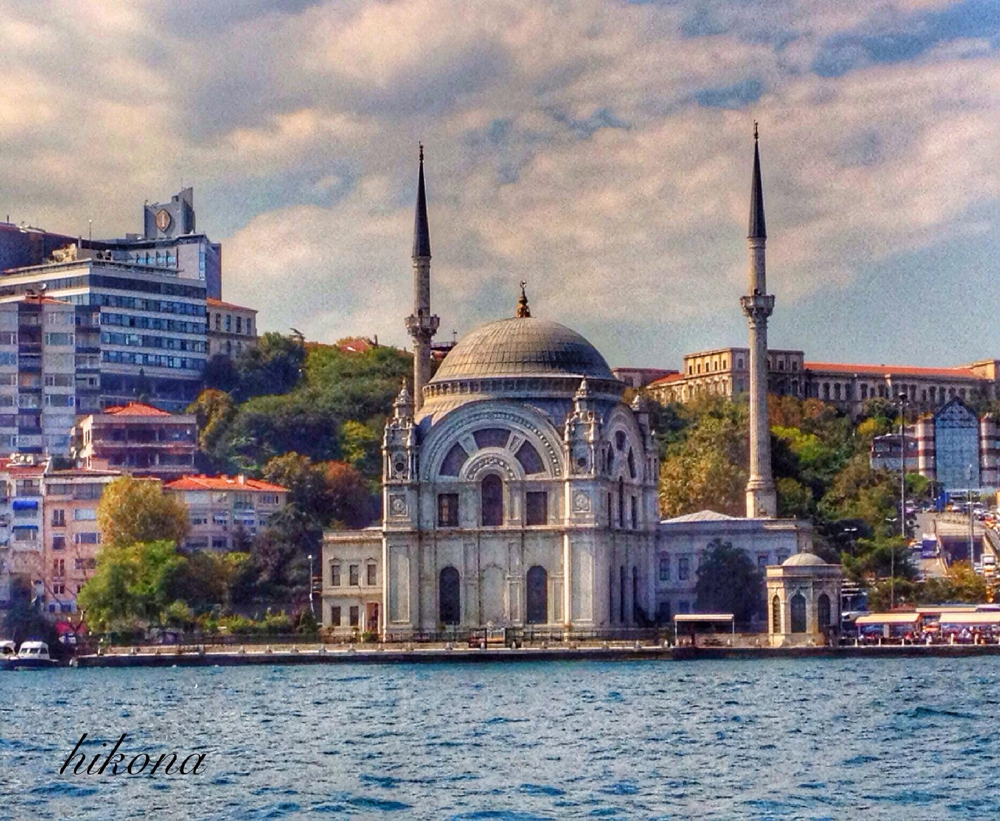 Istanbul by Hikona