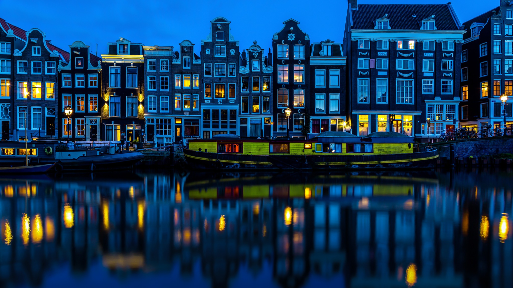 Simple Living in Amsterdam by Hameed S