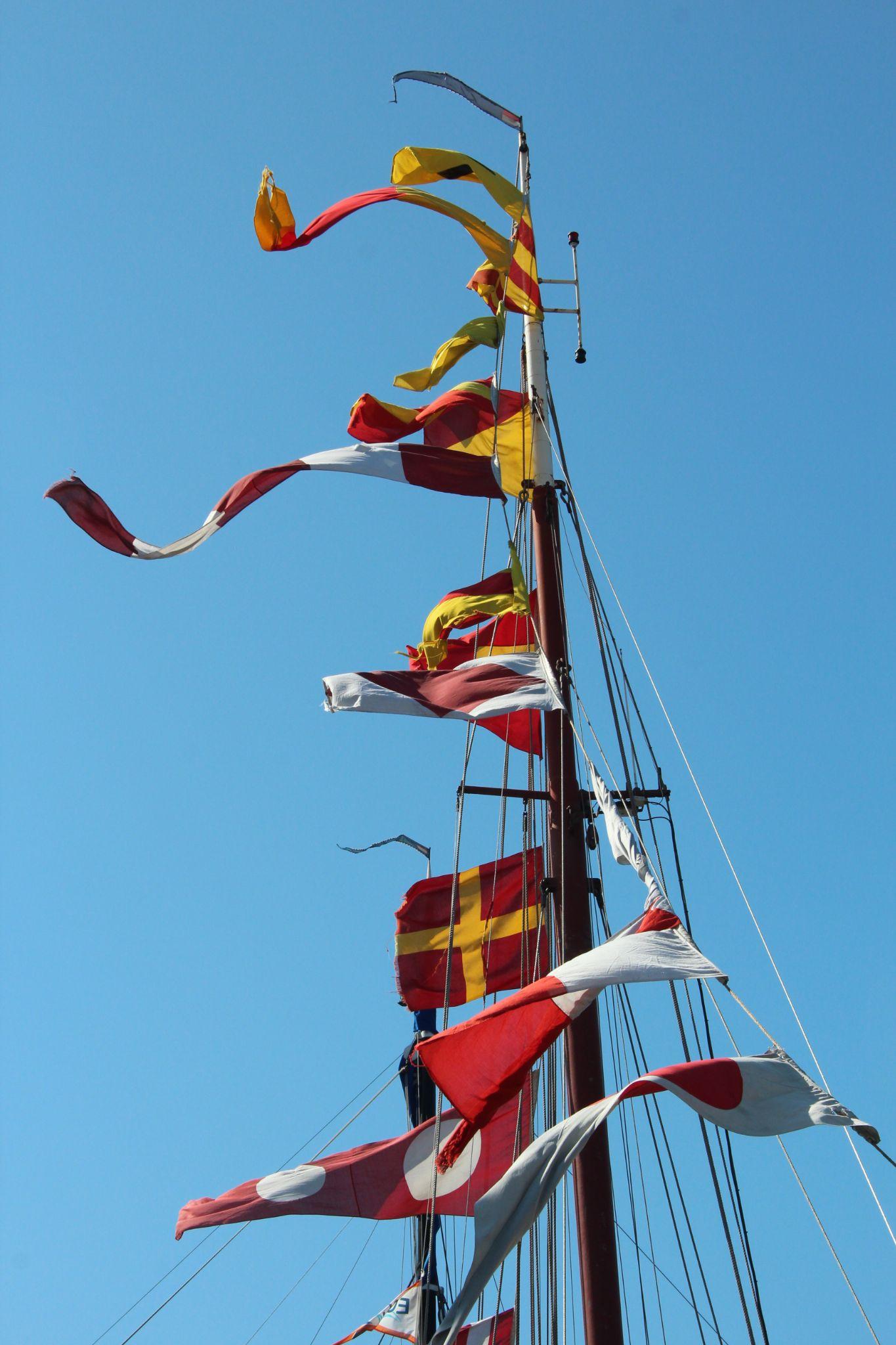 Flags ahoy by Henk de Groot