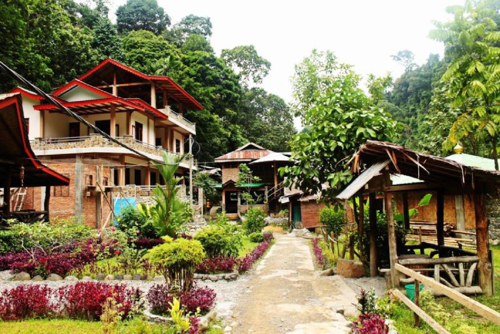 Bukit Lawang cottage Medan Natural beauty by Muhammad Fandy