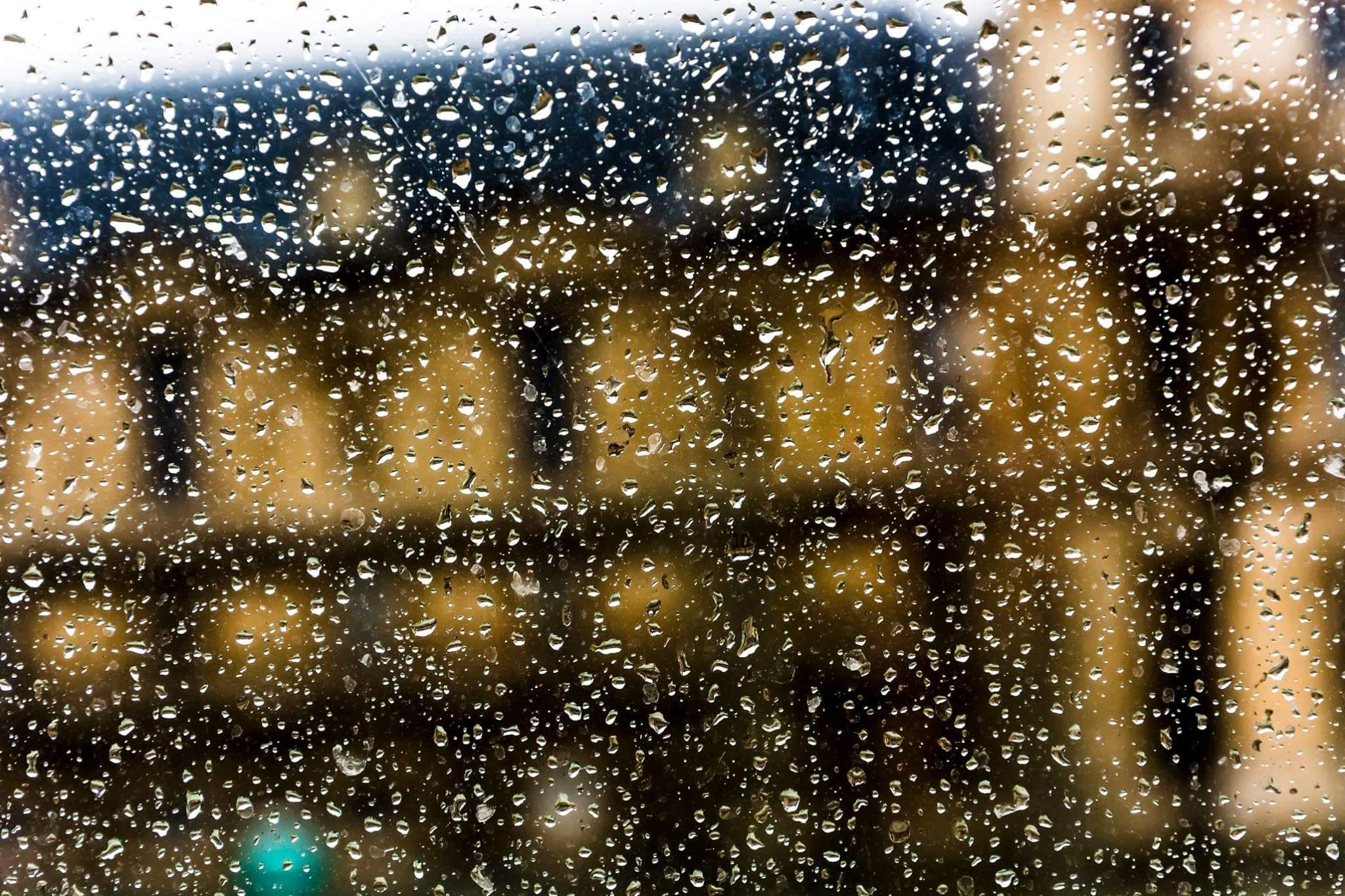raindrops by Giorgos Rentzios